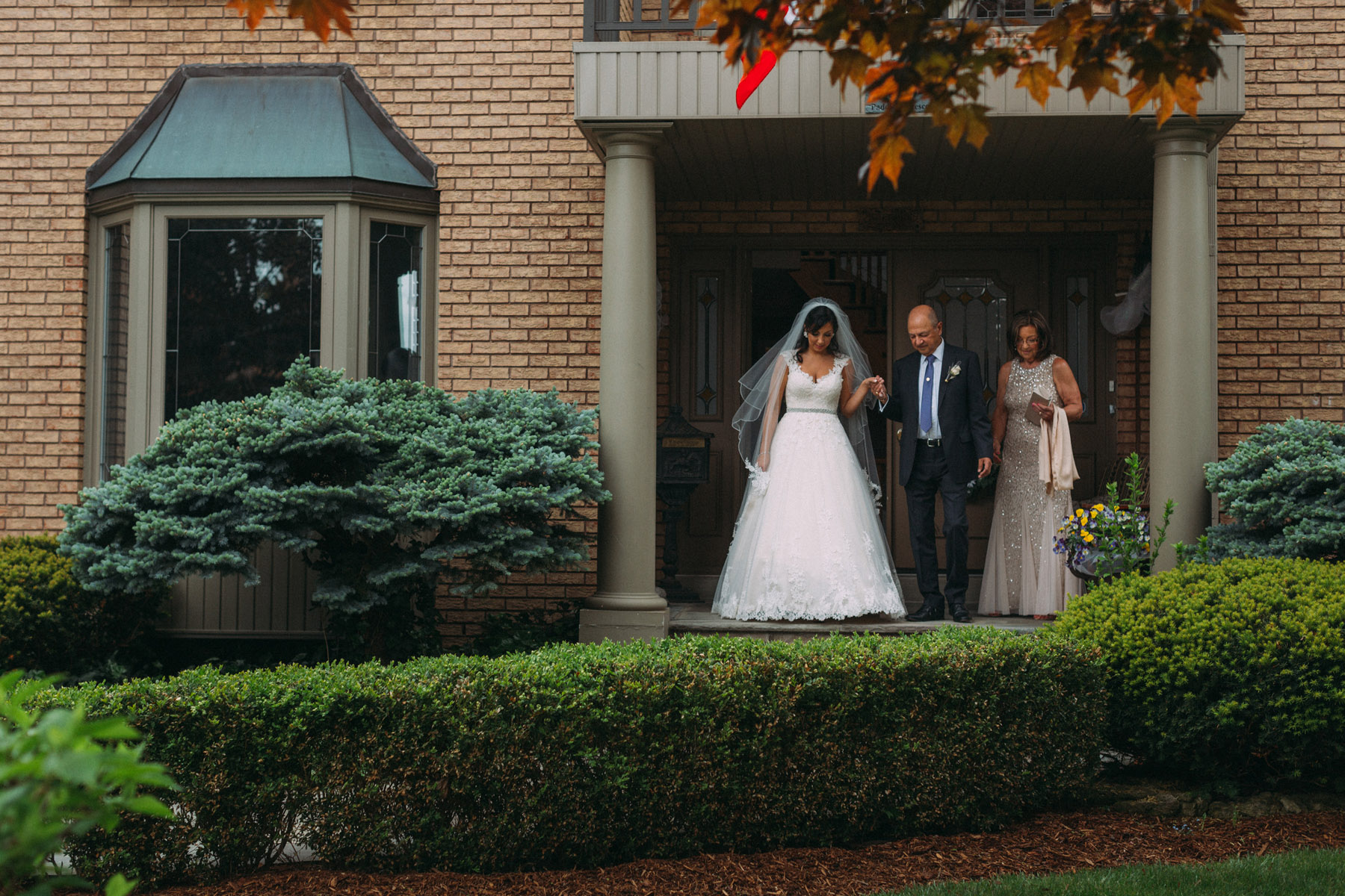Harding-Waterfront-Estate-Mississauga-wedding-photography-by-Sam-Wong-of-Artanis-Collective_06.jpg