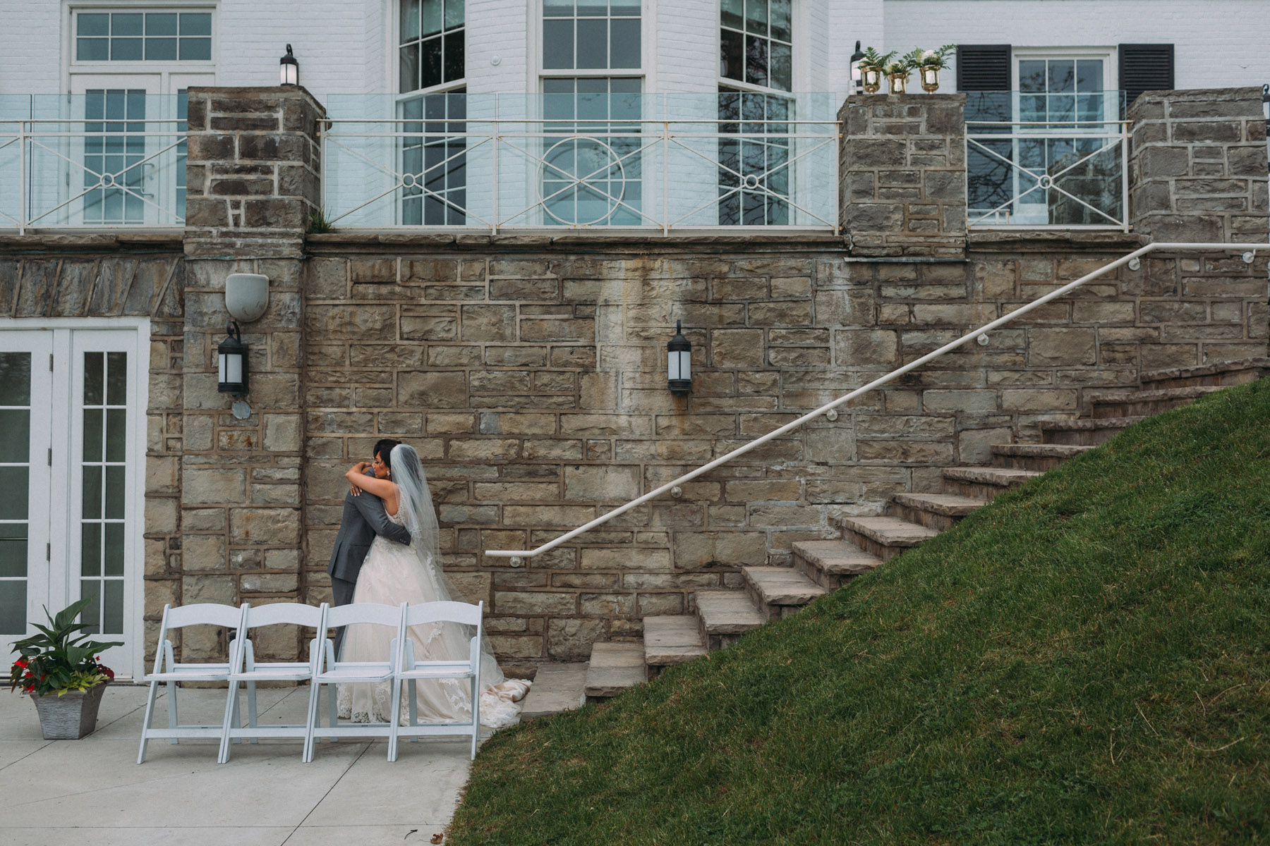 Harding-Waterfront-Estate-Mississauga-wedding-photography-by-Sam-Wong-of-Artanis-Collective_13.jpg