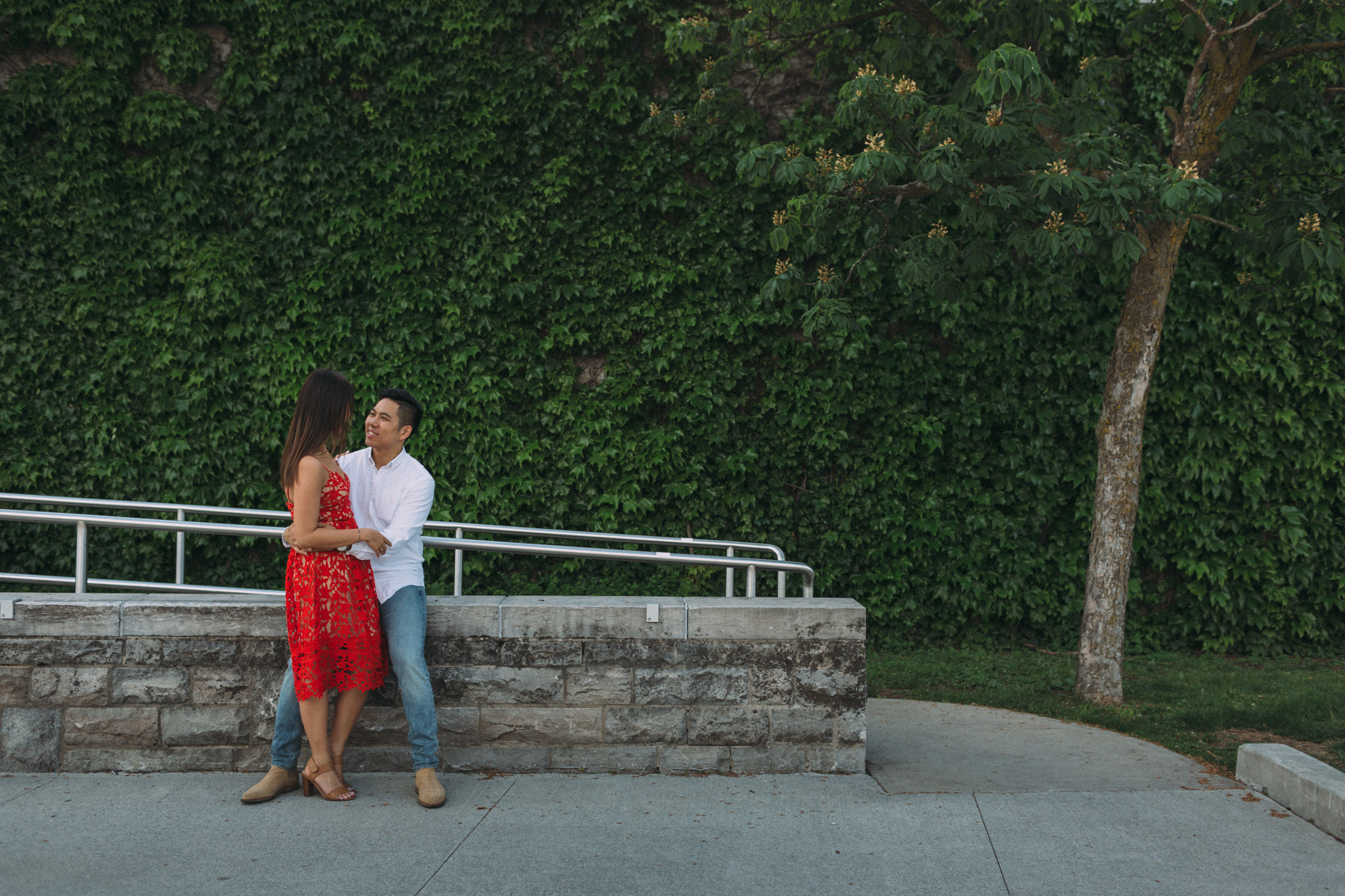 Queens-University-engagement-session-Kingston-Christine-and-Michael-by-Sam-Wong-of-Artanis-Collective_008.jpg