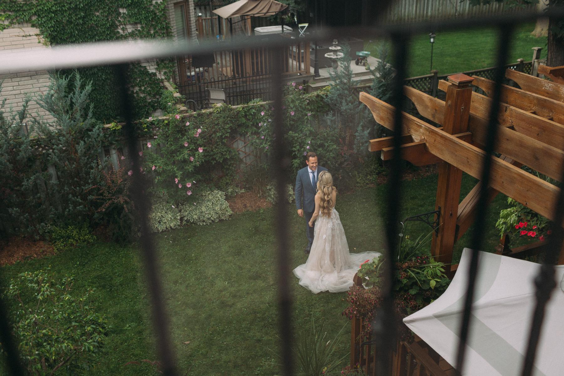 La-Maquette-wedding-by-Toronto-modern-wedding-photographer-Sam-Wong_14.jpg
