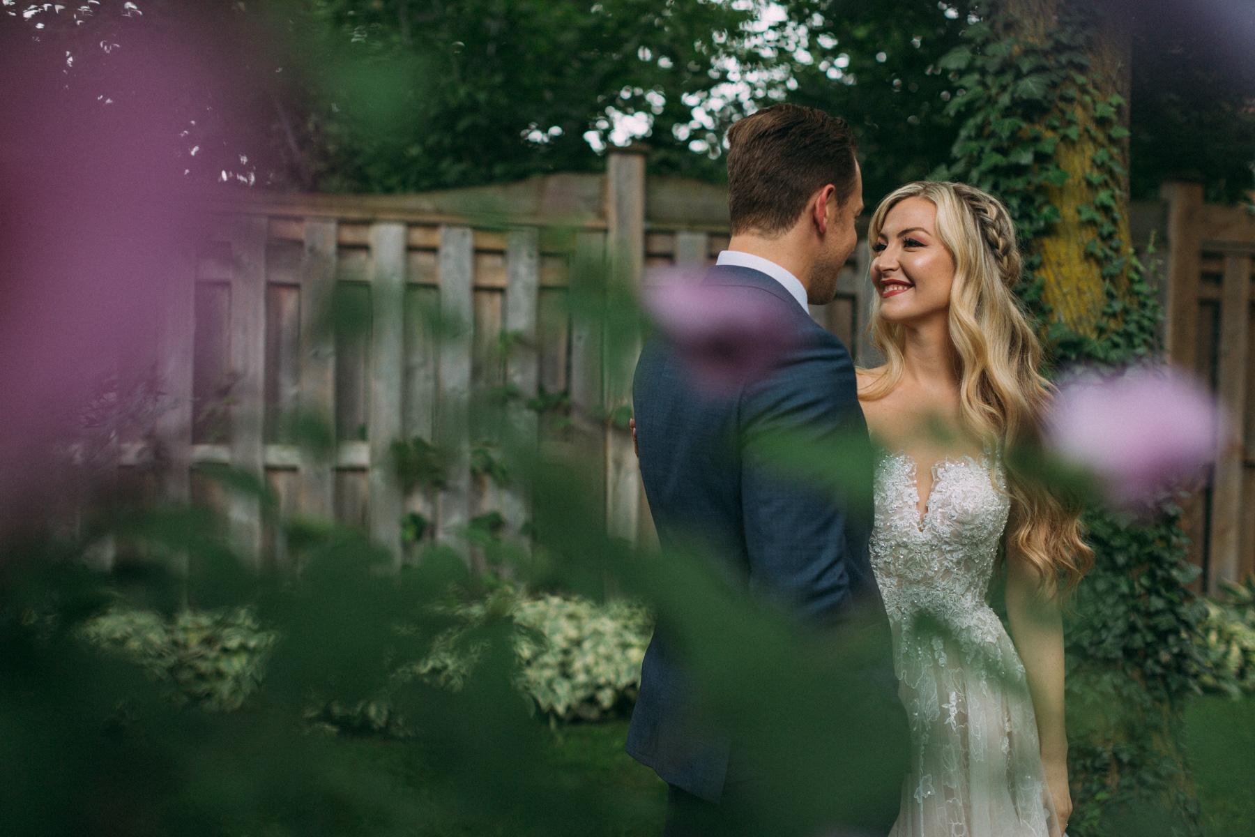 La-Maquette-wedding-by-Toronto-modern-wedding-photographer-Sam-Wong_15.jpg