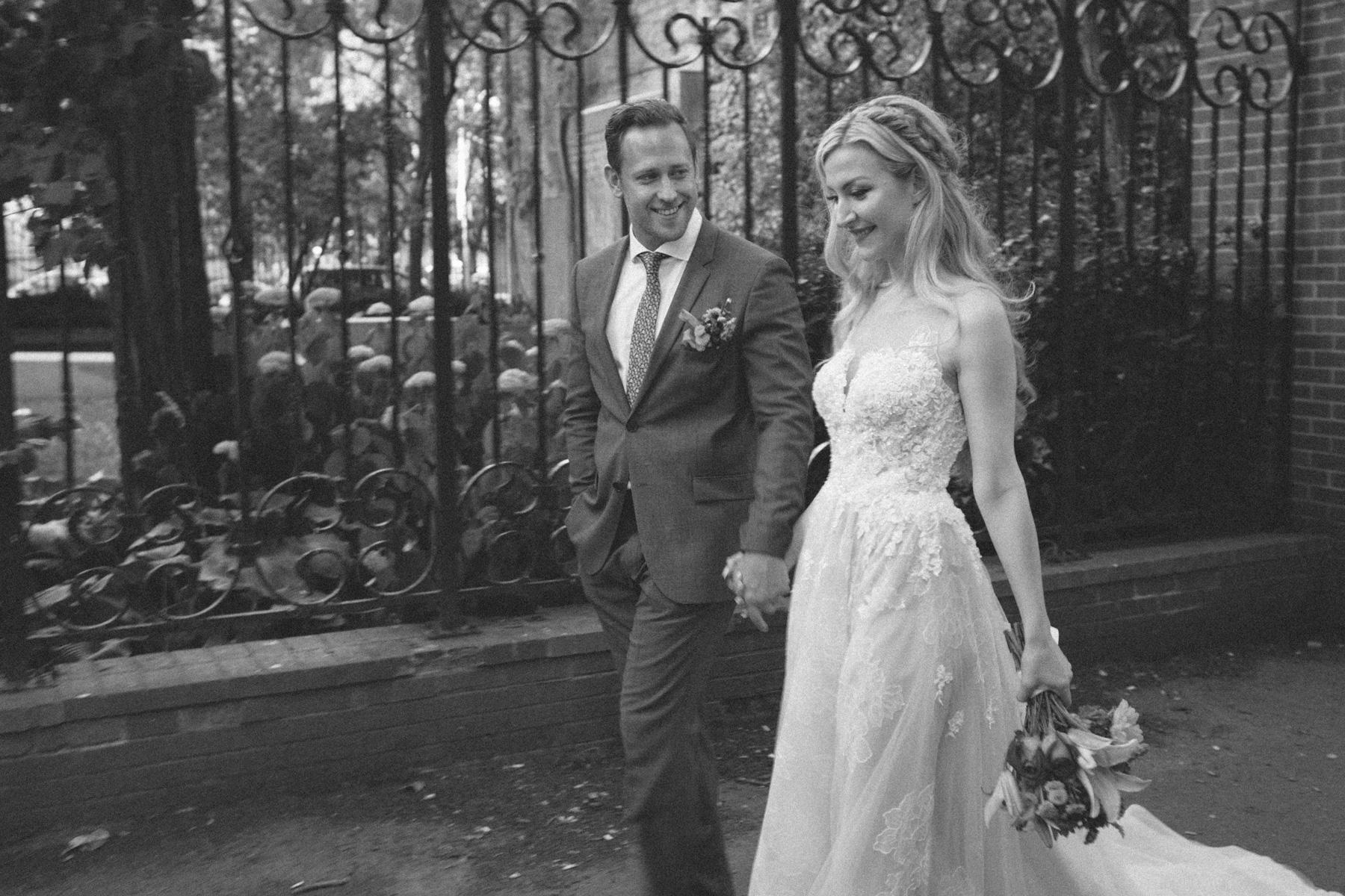 La-Maquette-wedding-by-Toronto-modern-wedding-photographer-Sam-Wong_22.jpg