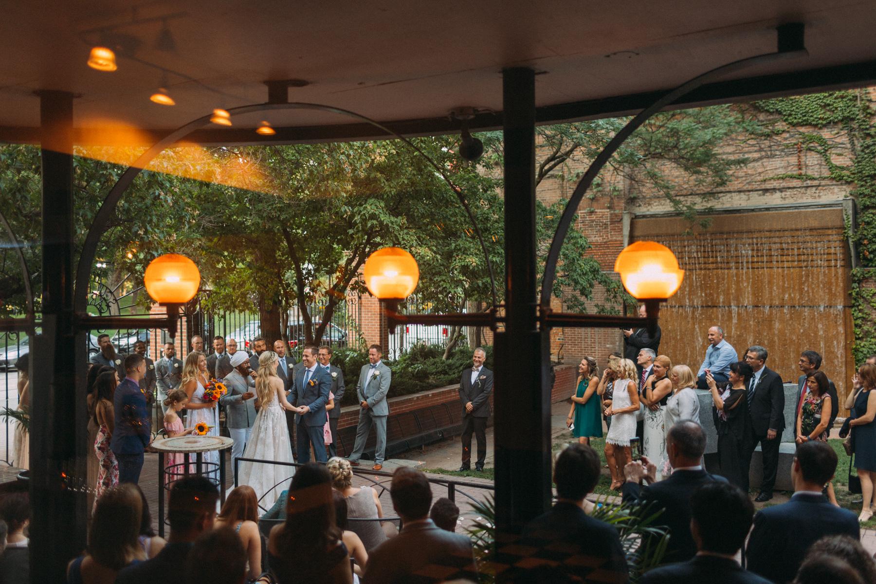La-Maquette-wedding-by-Toronto-modern-wedding-photographer-Sam-Wong_28.jpg
