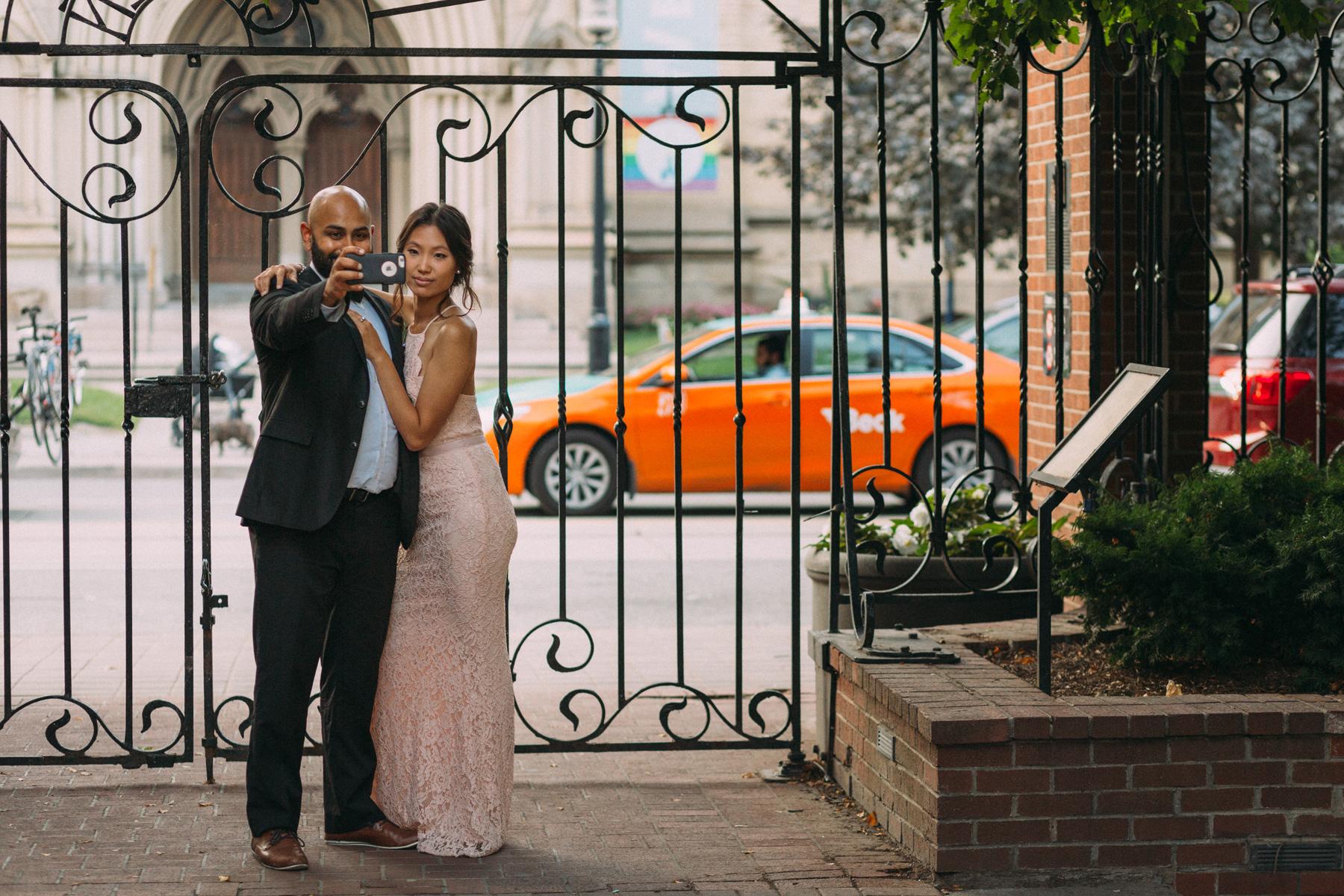 La-Maquette-wedding-by-Toronto-modern-wedding-photographer-Sam-Wong_32.jpg
