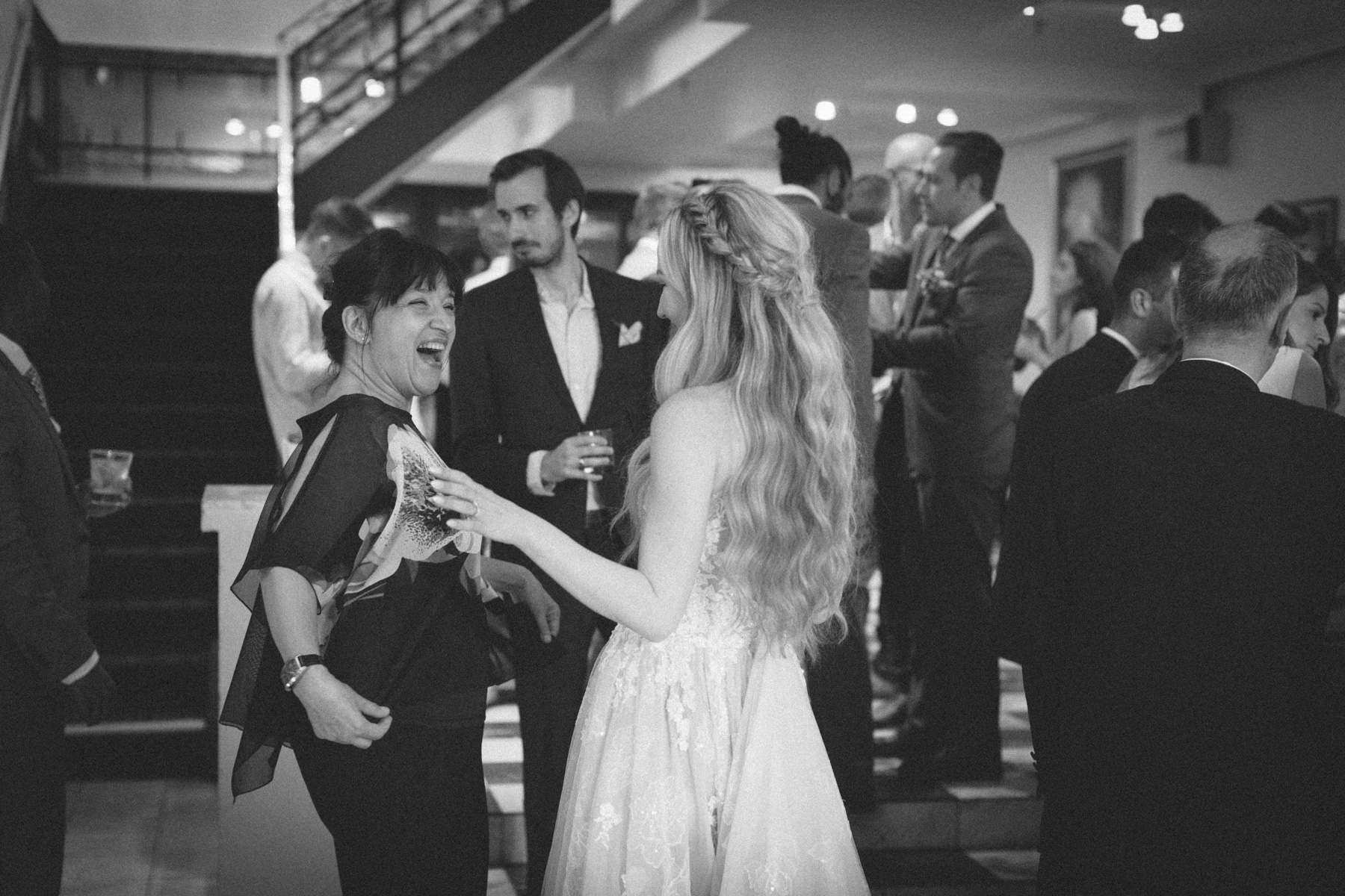 La-Maquette-wedding-by-Toronto-modern-wedding-photographer-Sam-Wong_43.jpg