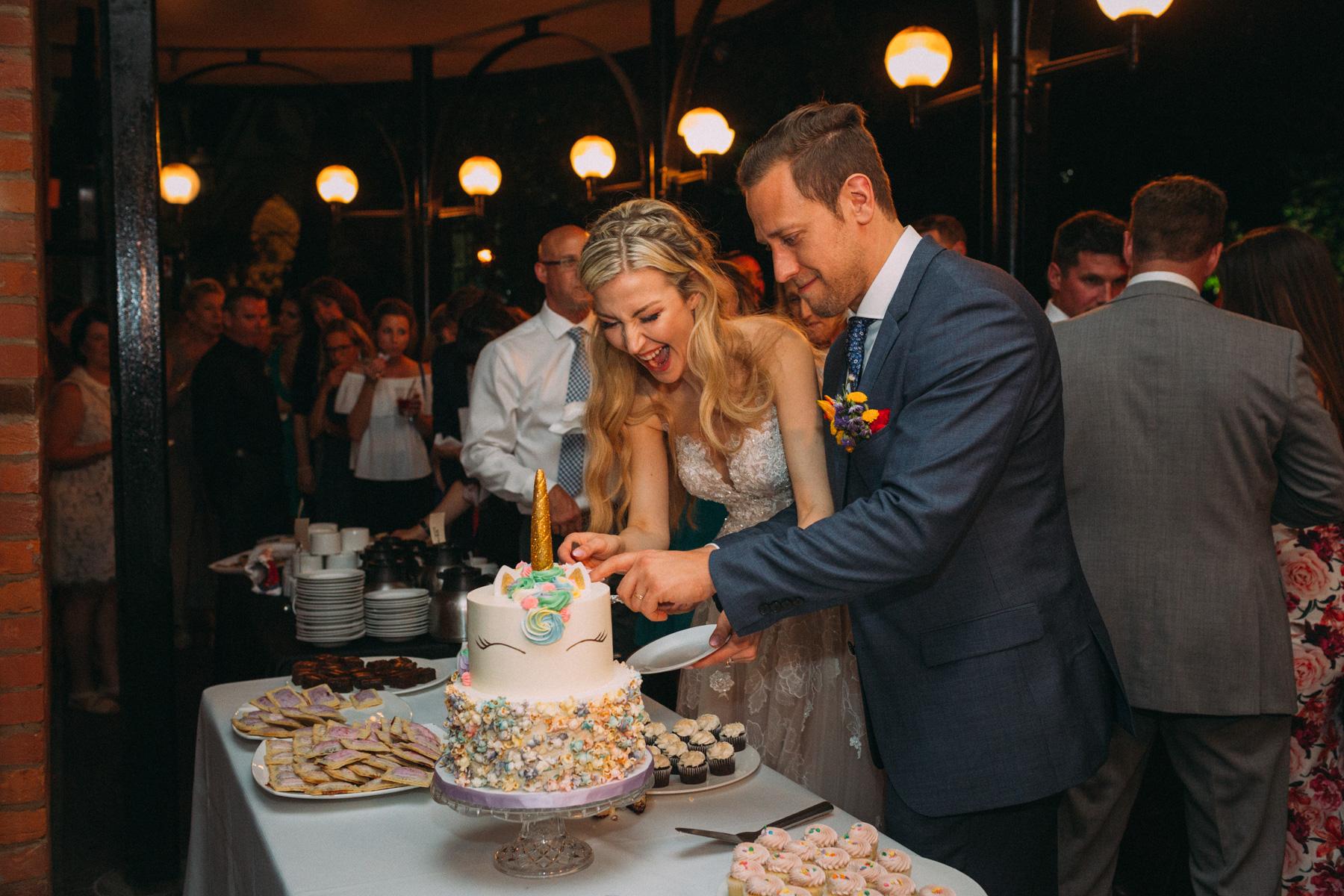 La-Maquette-wedding-by-Toronto-modern-wedding-photographer-Sam-Wong_46.jpg