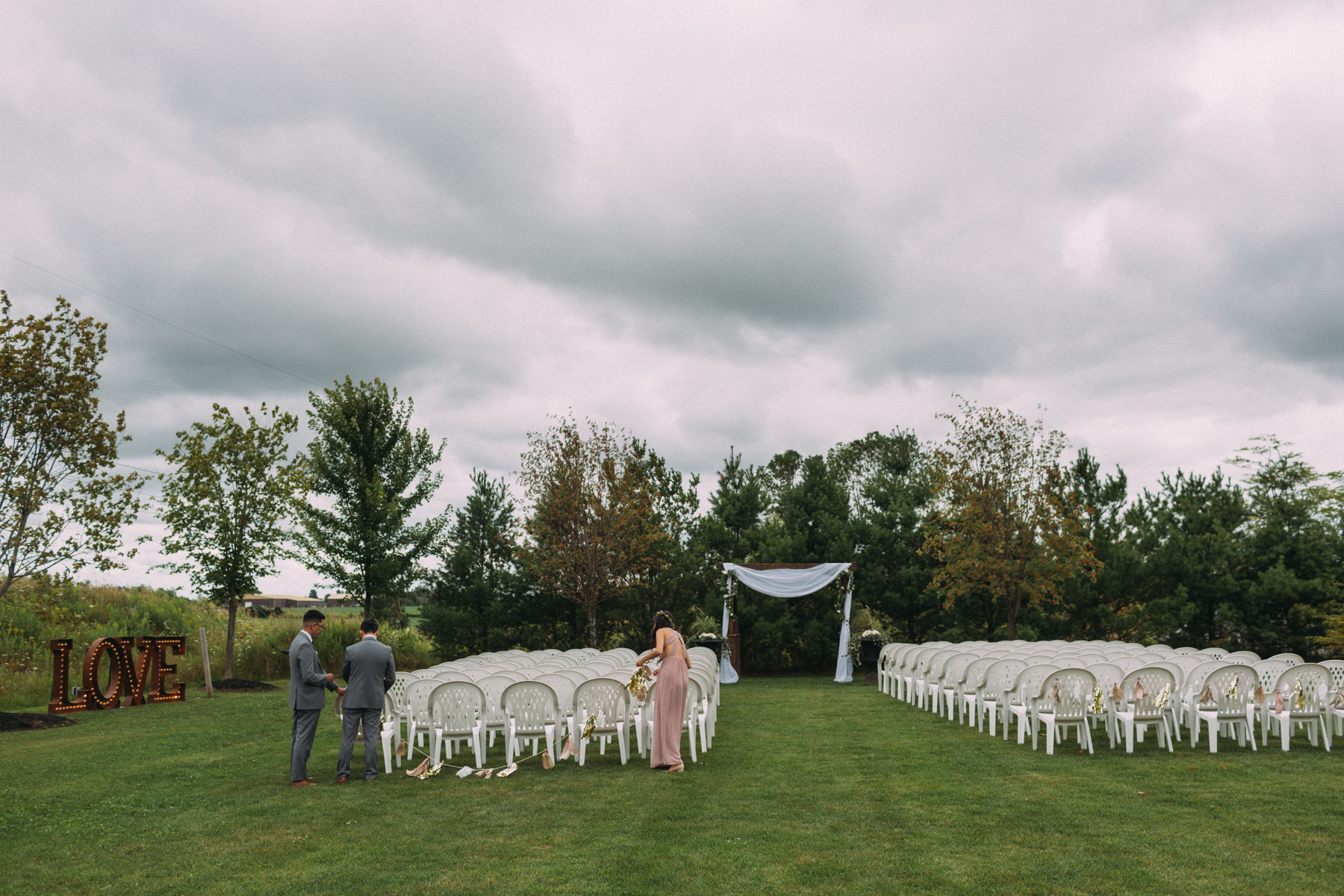 Belcroft-Estates-&-Event-Centre-wedding-photography-by-Sam-Wong-of-Artanis-Collective_025.jpg