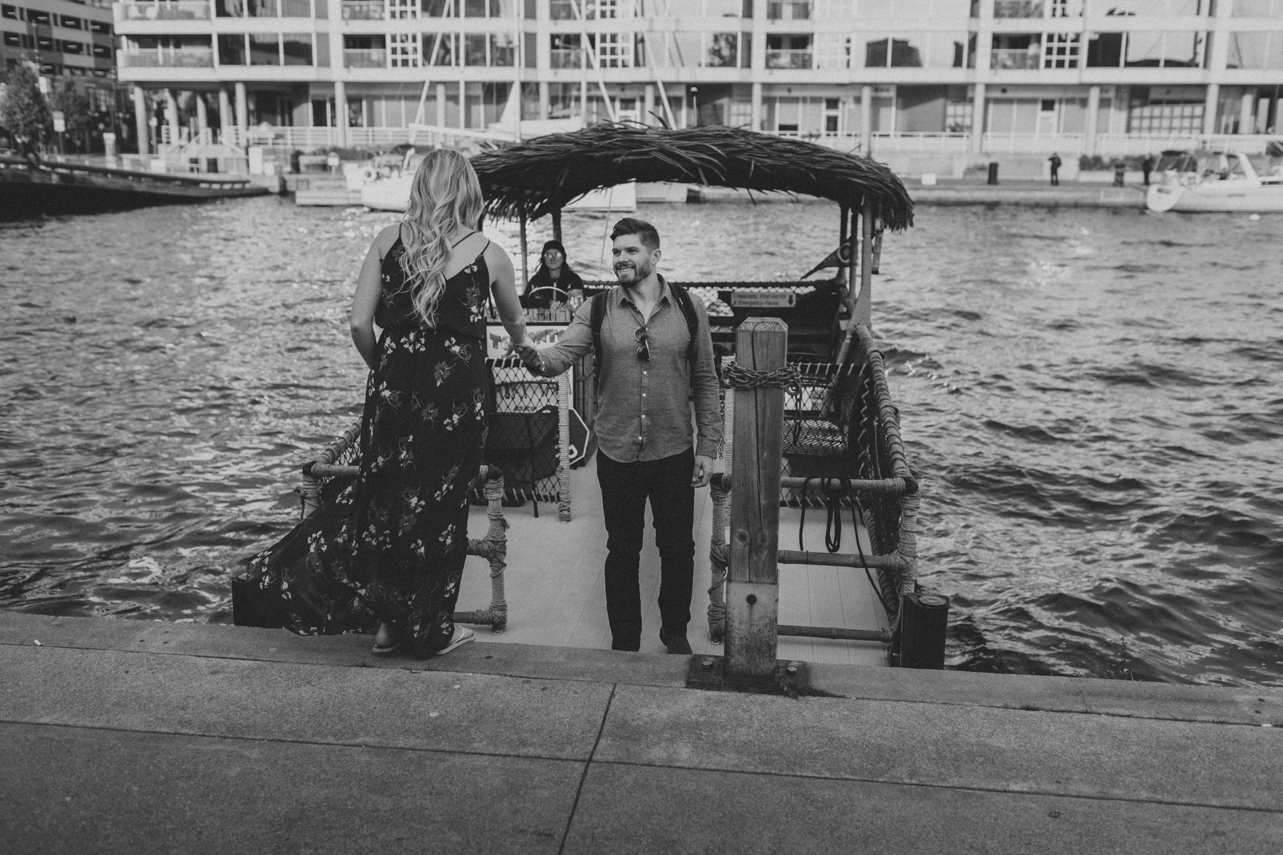 Toronto-Island-engagement-session-and-CNE-Laurie-and-Craig-by-Sam-Wong-of-Artanis-Collective_003.jpg
