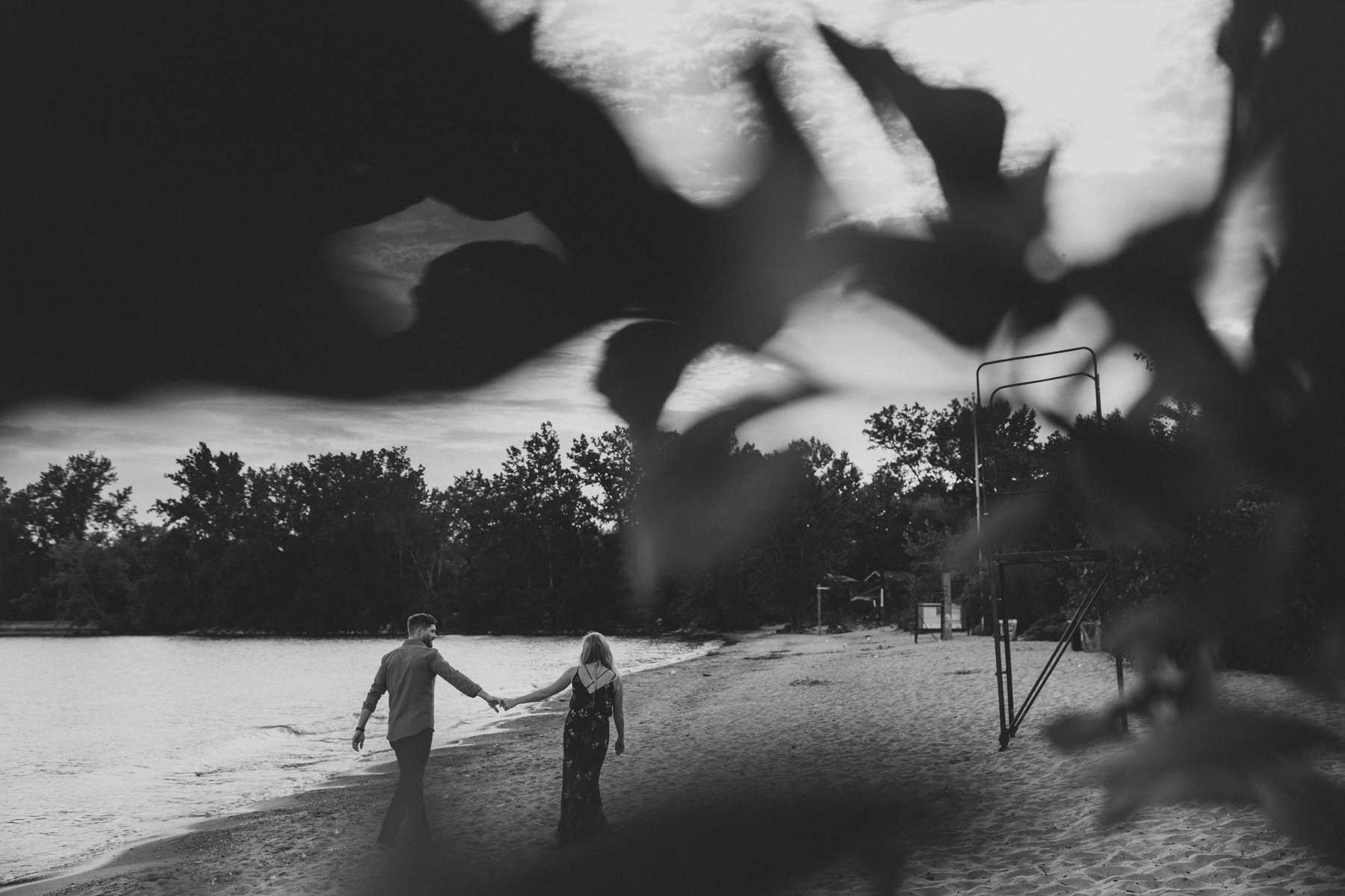 Toronto-Island-engagement-session-and-CNE-Laurie-and-Craig-by-Sam-Wong-of-Artanis-Collective_016.jpg