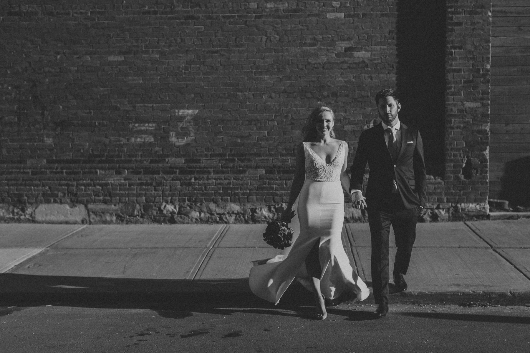 Thompson-Landry-Gallery-wedding-photos-Toronto-by-Sam-Wong-of-Artanis-Collective-Polina-Zarko_0040.jpg