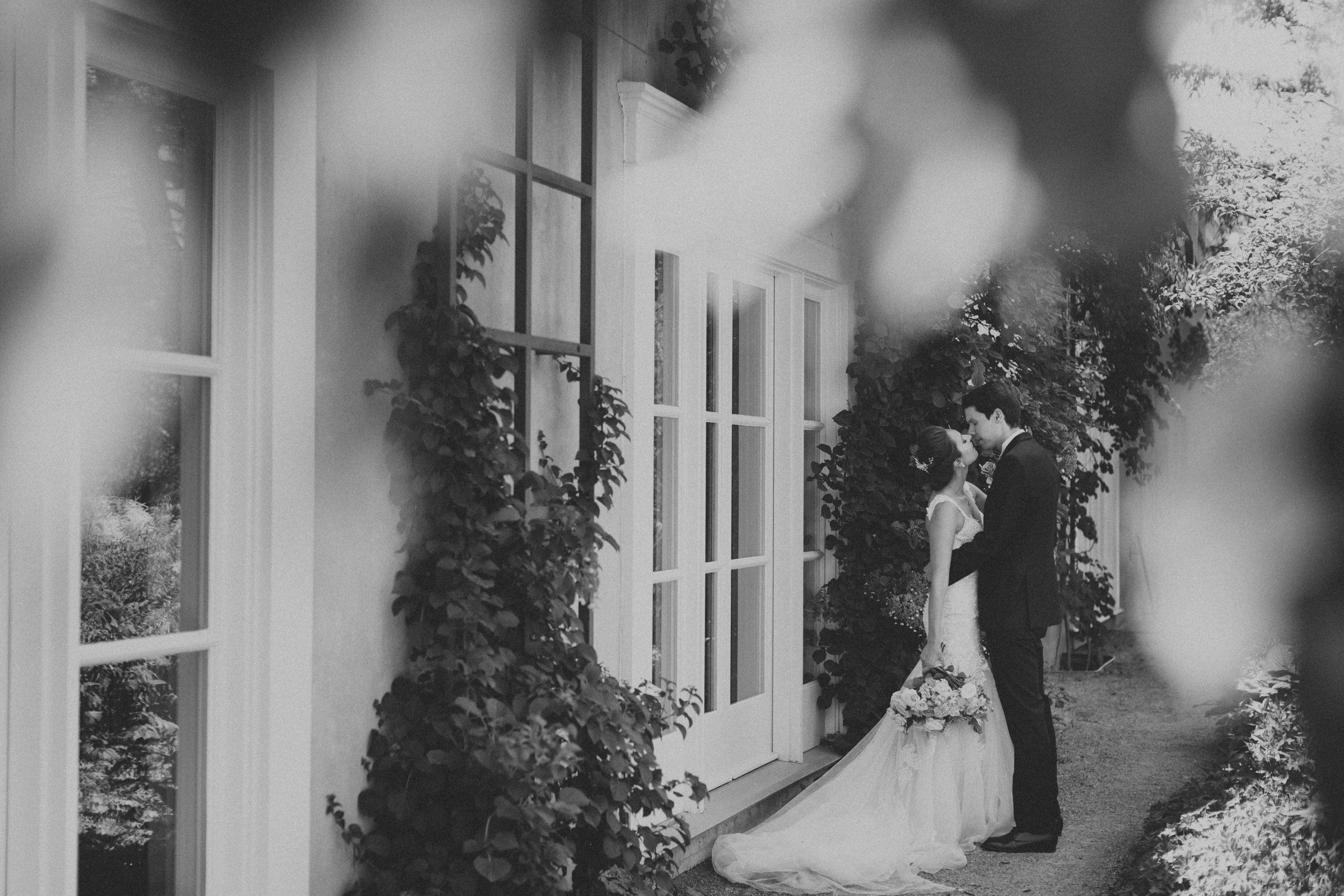 Langdon-Hall-wedding-photography-Cambridge-by-Sam-Wong-of-Visual-Cravings_Sarah-Ryan_22.jpg