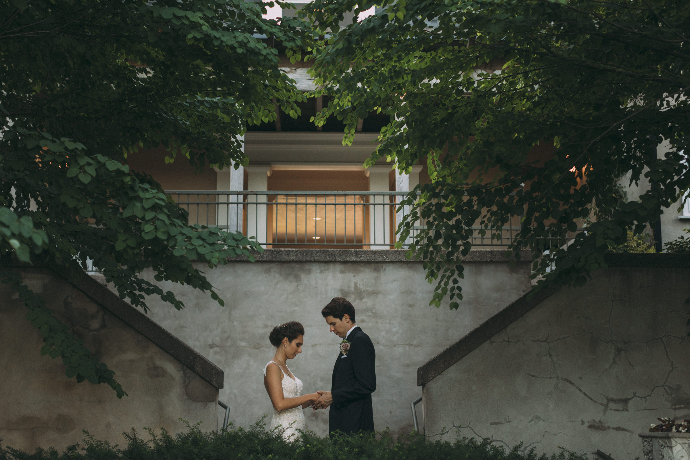 Langdon-Hall-wedding-photography-Cambridge-by-Sam-Wong-of-Visual-Cravings_Sarah-Ryan_41.jpg