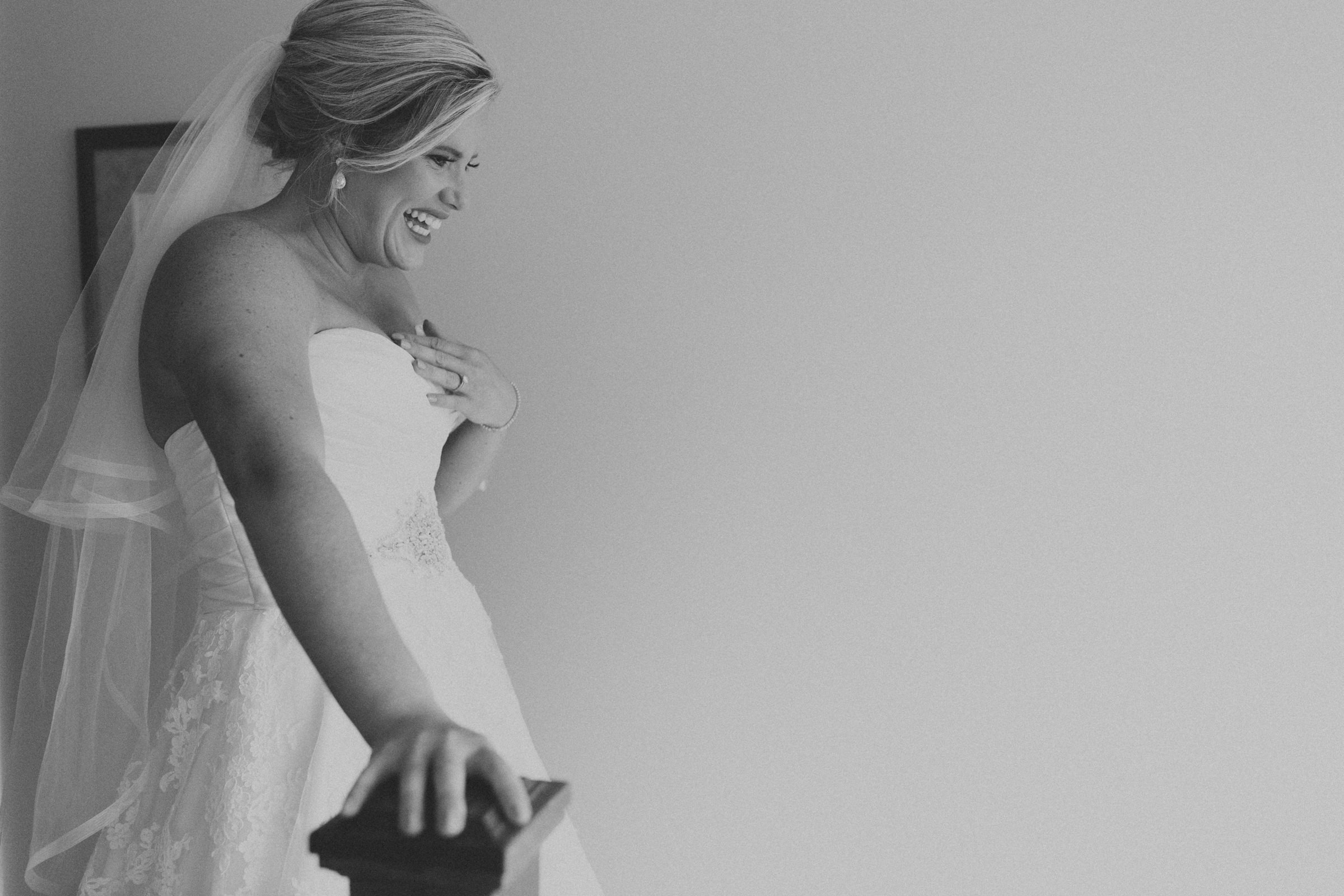 Mississaugua-Golf-and-Country-Club-wedding-photography-Emma-and-Nigel-by-Sam-Wong-of-Visual-Cravings_15.jpg