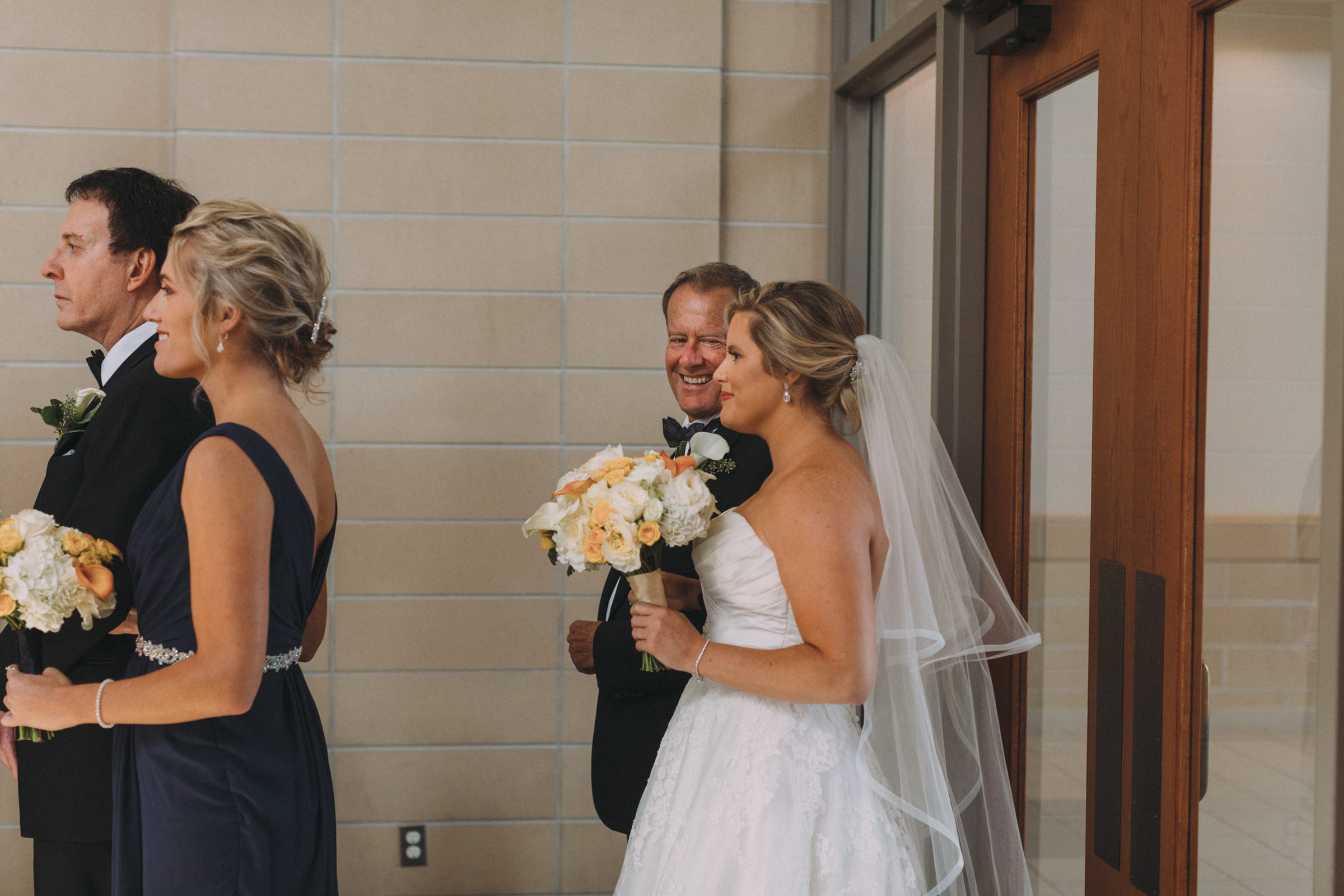 Mississaugua-Golf-and-Country-Club-wedding-photography-Emma-and-Nigel-by-Sam-Wong-of-Visual-Cravings_23.jpg