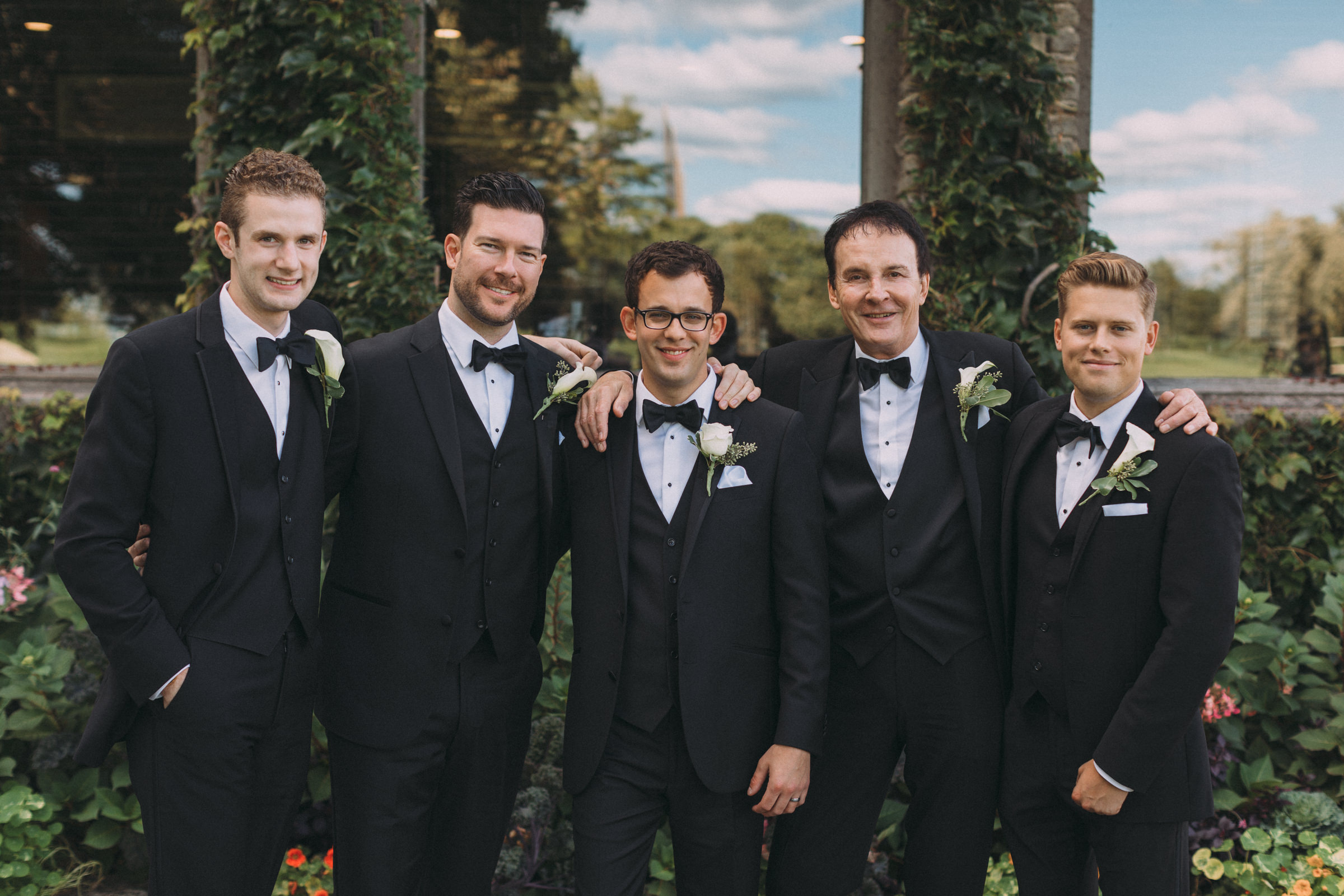 Mississaugua-Golf-and-Country-Club-wedding-photography-Emma-and-Nigel-by-Sam-Wong-of-Visual-Cravings_30.jpg