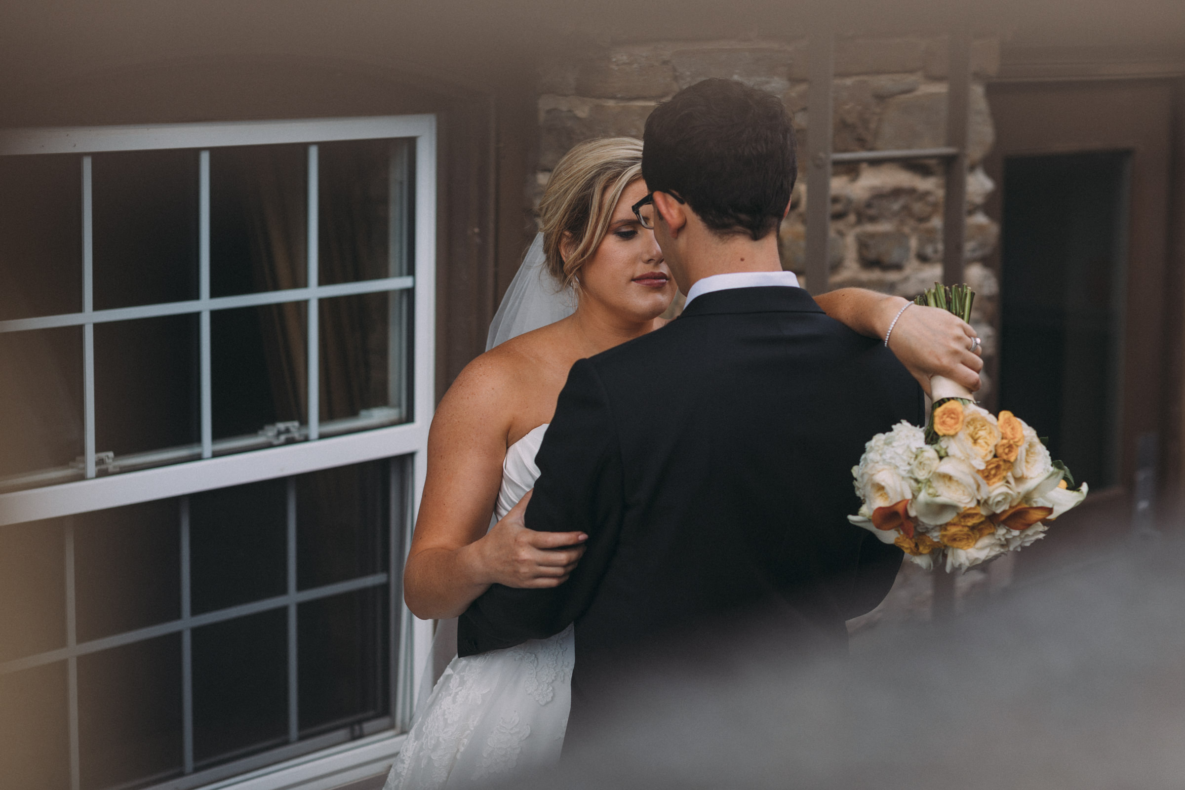 Mississaugua-Golf-and-Country-Club-wedding-photography-Emma-and-Nigel-by-Sam-Wong-of-Visual-Cravings_32.jpg
