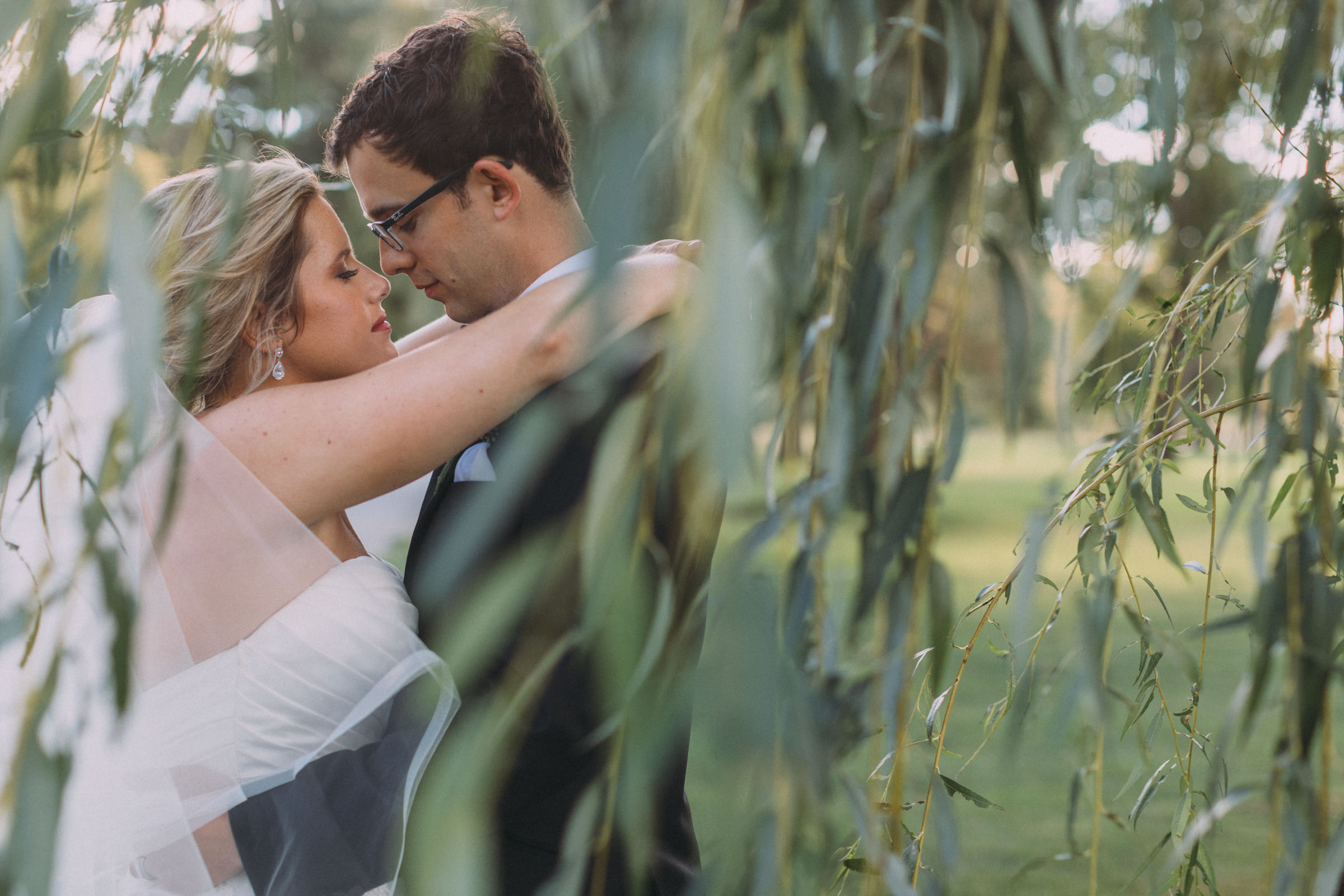 Mississaugua-Golf-and-Country-Club-wedding-photography-Emma-and-Nigel-by-Sam-Wong-of-Visual-Cravings_33.jpg