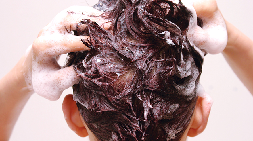 How-often-should-you-wash-your-hair-HN1046-iStock-139716562-Sized.jpg