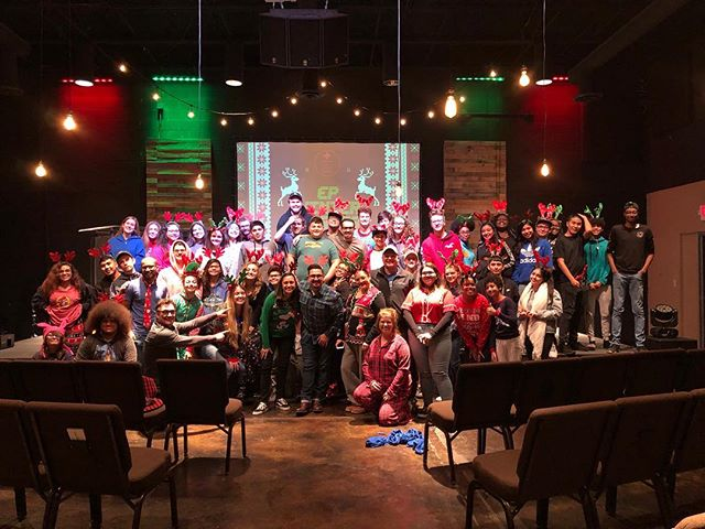 ⛄️❤️What a great Christmas month and overall year is has been! We are so thankful for all that have given their lives to the call of God and have served EP. Special thanks to @jonathanpena @mirna__pena @anacaren_carr @marshall.carr ! We love y'all so much and can't wait to see what the Lord leads y'all to do for Him! Merry Christmas from our EP family! ❤️⛄️