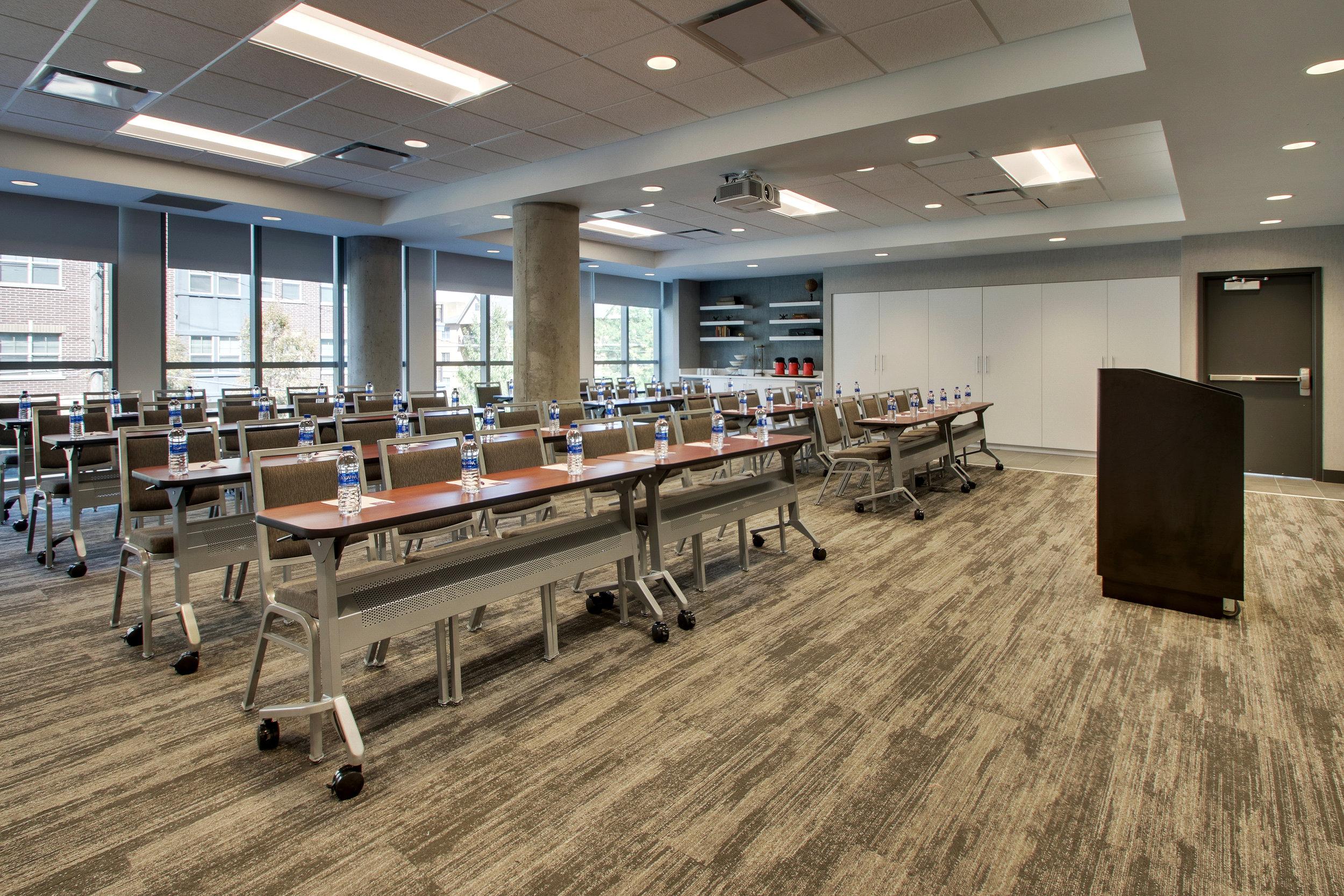 Meeting Rooms 03.jpg