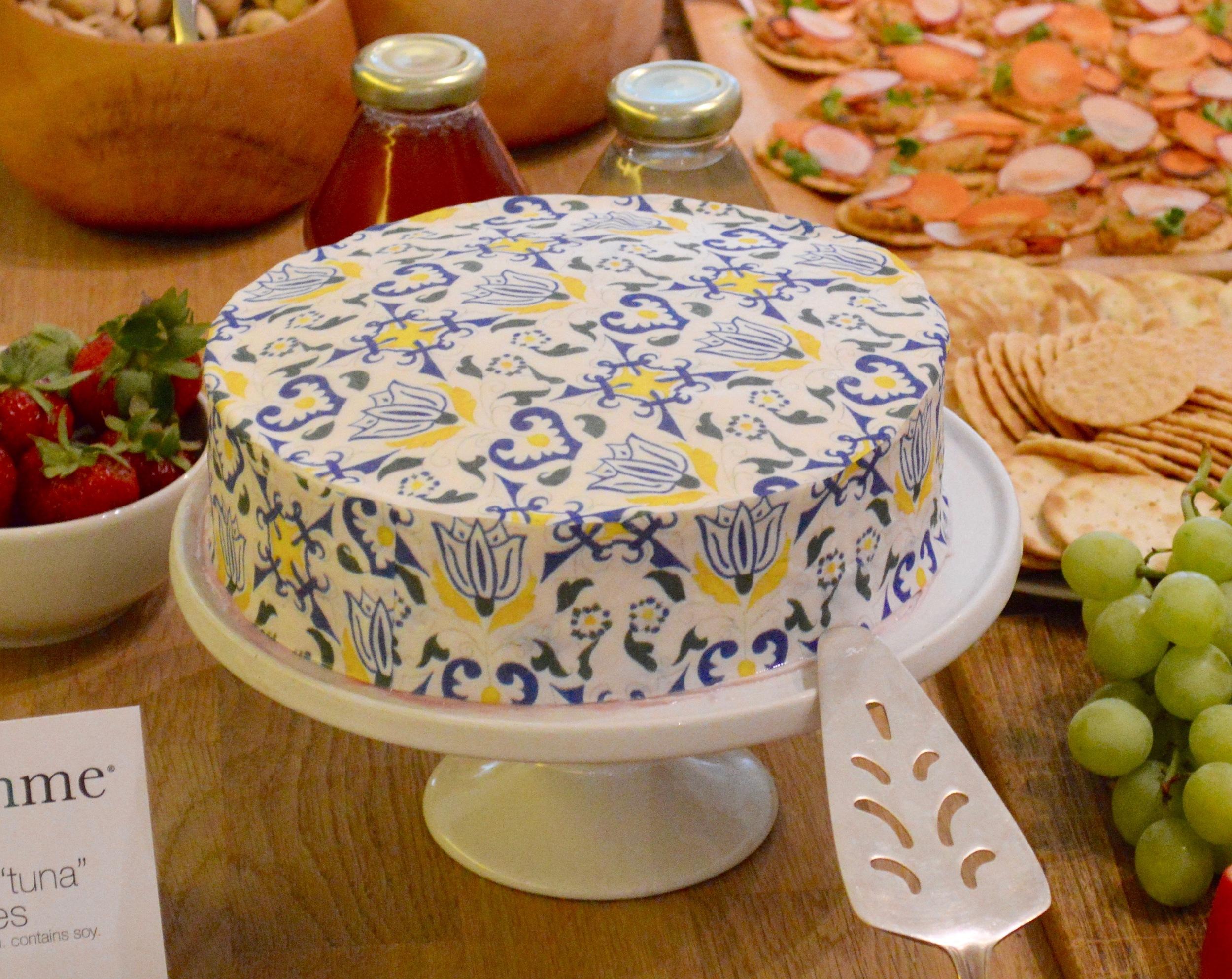 Lemony Blueberry Cake with  Amsterdam #ChefanieSheet