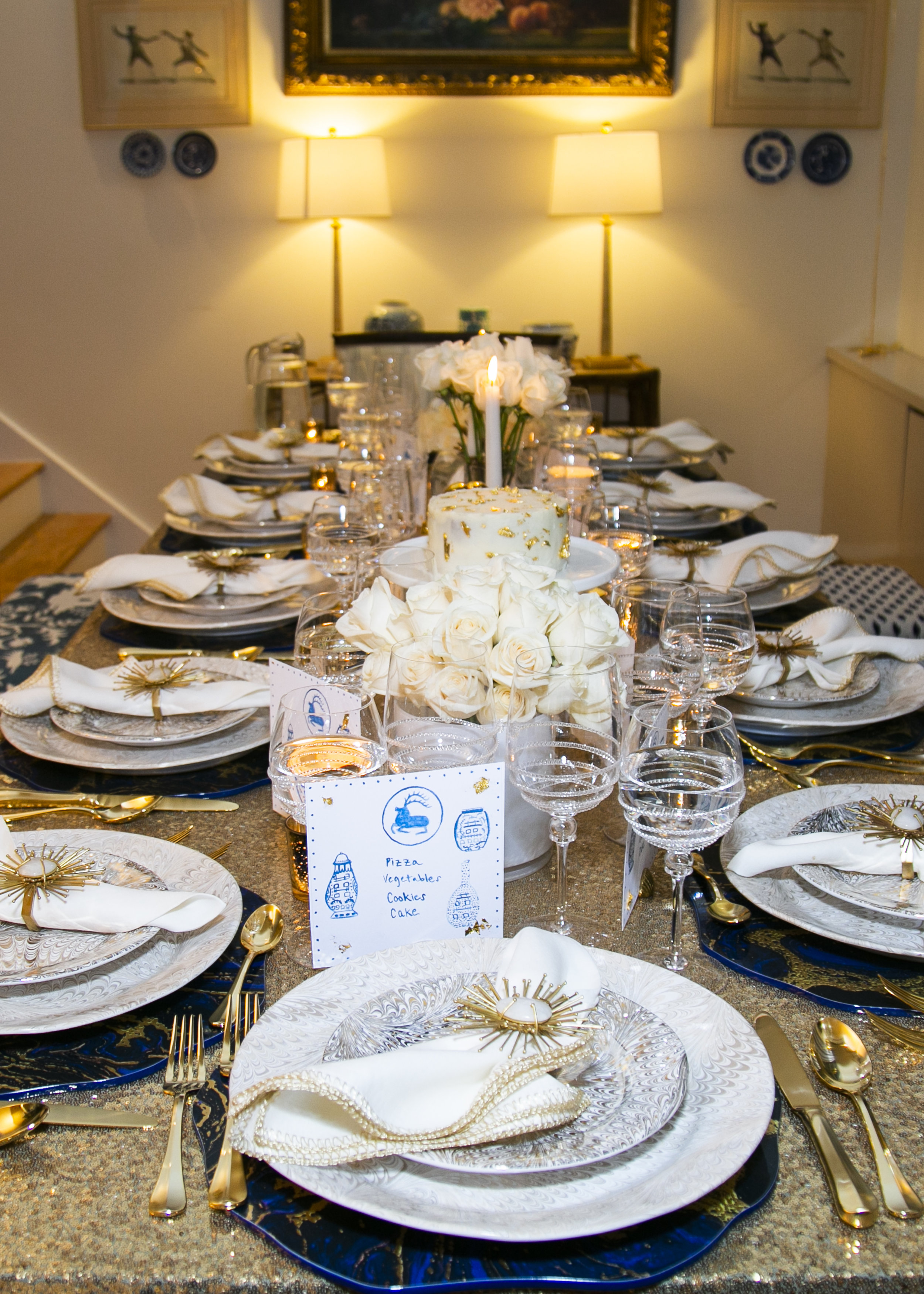 Gold Table with tableware from Juliska and Kim Seybert