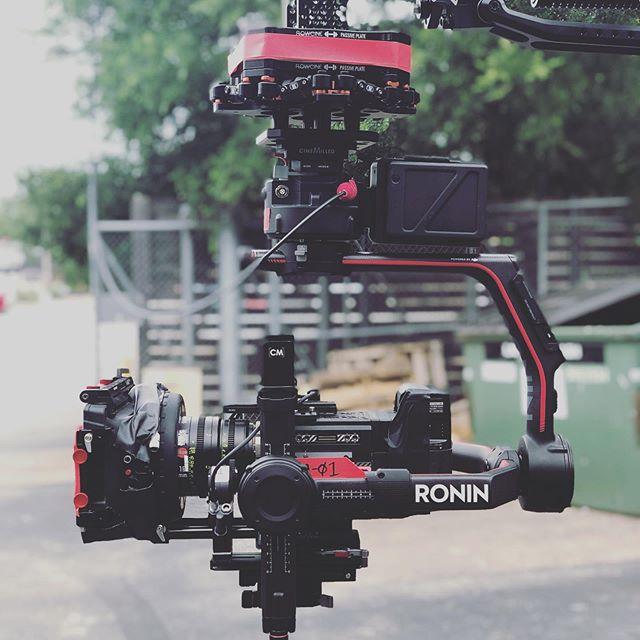 @flowcine #blackarm set-up from a recent shoot. Much fun. . . . #cinematography #cinematographer #dp #dplife #DoP #directorofphotography #setlife #onset #cameradept #cameradepartment  #rollcamera  #cameraspeeds #bts #behindthescenes #helium #8K #red #r3d #reddigitalcinema #epicw @djipro #ronin2