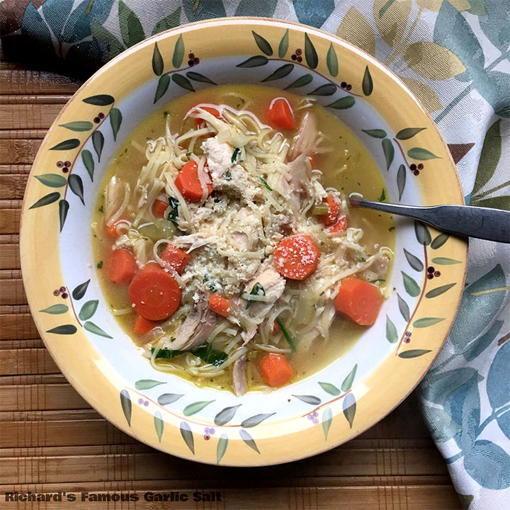 Mom's Easy Chicken Noodle Soup