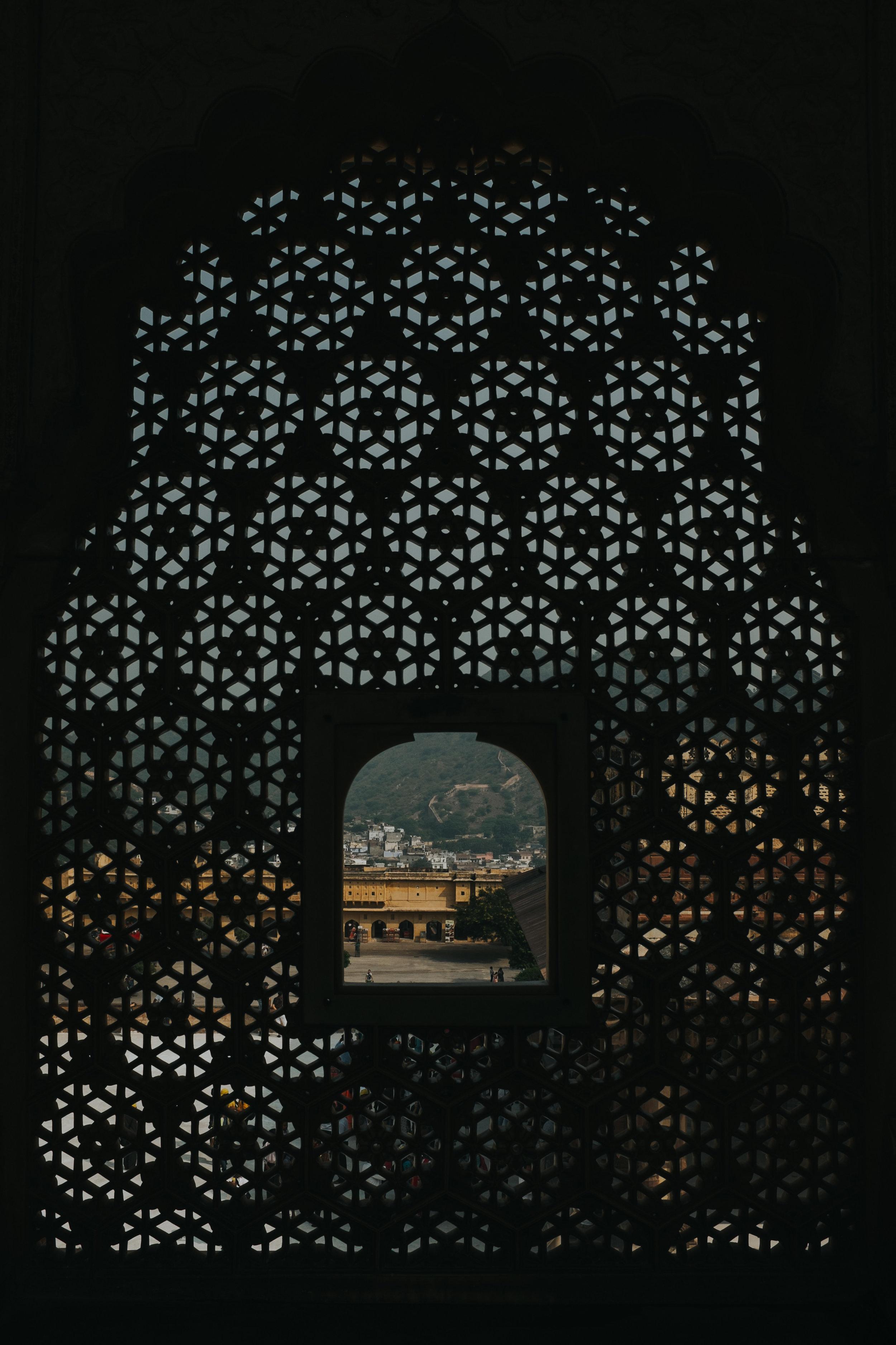 INDI2560.jpg