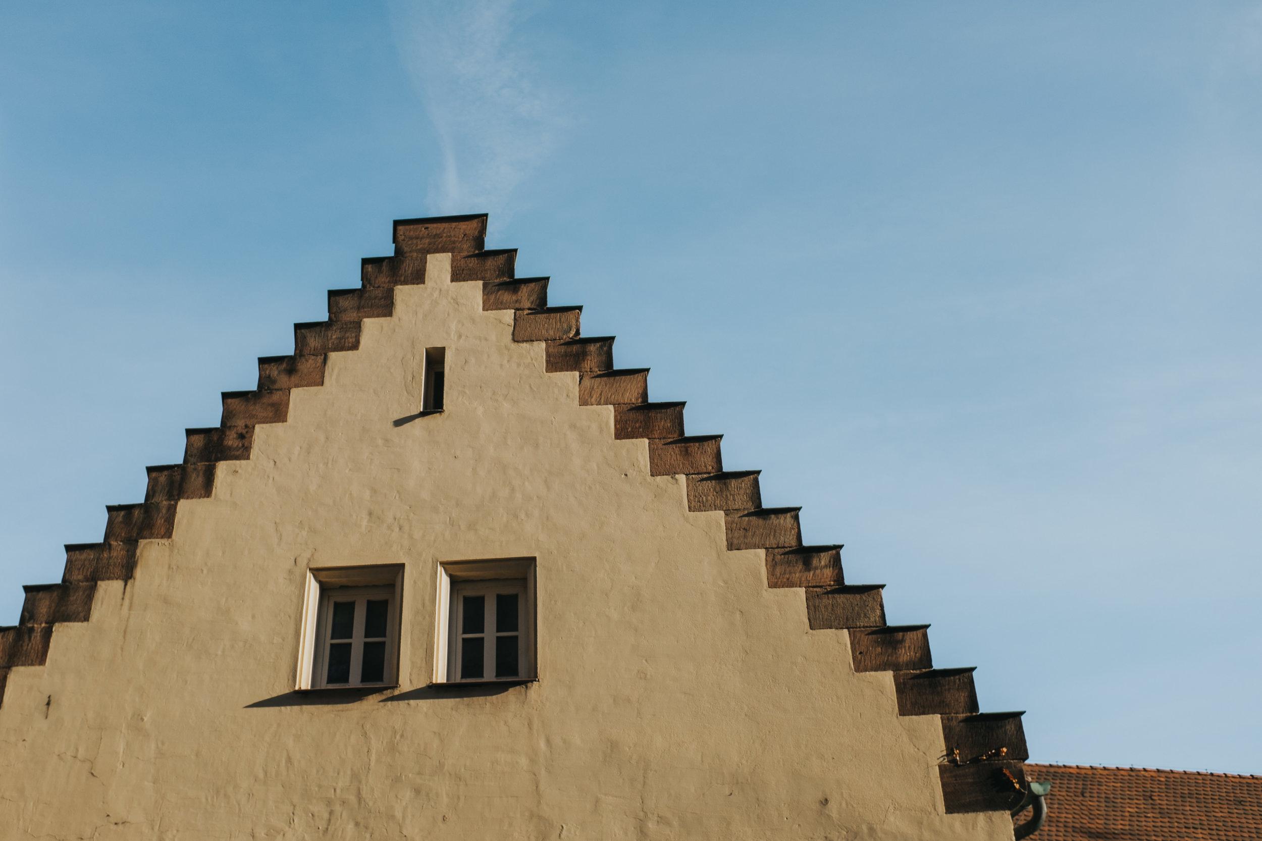 Nuremberg-building.jpg