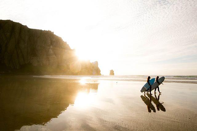 A L I I G N ᴬᴰᵛᴱᴺᵀᵁᴿᴱˢ 🌎⠀⠀⠀⠀⠀⠀⠀⠀⠀ ⠀⠀⠀⠀⠀⠀⠀⠀⠀ Surf + Yoga retreats coming  soon..⠀⠀⠀⠀⠀⠀⠀⠀⠀ .⠀⠀⠀⠀⠀⠀⠀⠀⠀ .⠀⠀⠀⠀⠀⠀⠀⠀⠀ .⠀⠀⠀⠀⠀⠀⠀⠀⠀ .⠀⠀⠀⠀⠀⠀⠀⠀⠀ #explorebali #forahappymoment #visualmobs #exploringtheglobe #ci_bali #thebalibible #mytinyatlas #thecreative #instapassport  #travelog #focalmarked #theglobewanderer #artofvisuals #ig_masterpiece #exploreindonesia  #travelon #igersbali #awesome_earthpix #flashesofdelight  #aroundtheworldpix #surfer #surf  #surfing #island