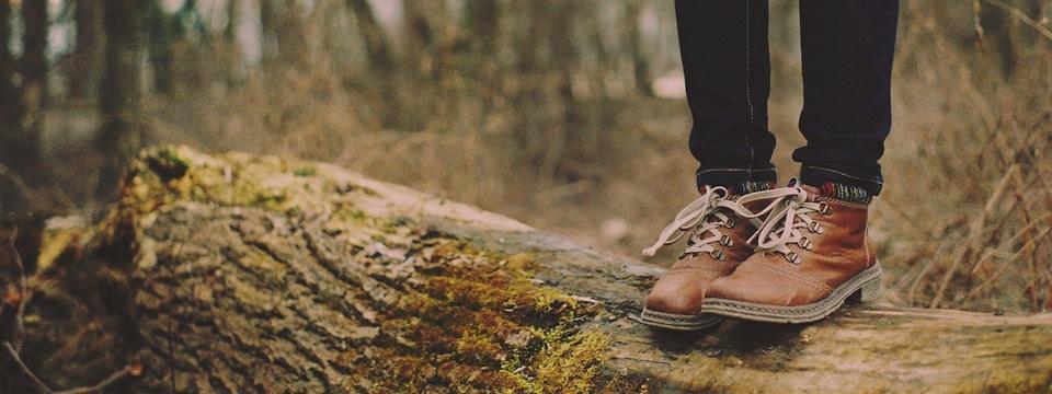 boots-on-log.jpg