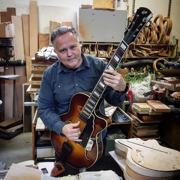 SAUL KOLL / Portland Guitar Maker, Musician