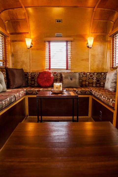 lounge-a-gogo-interior