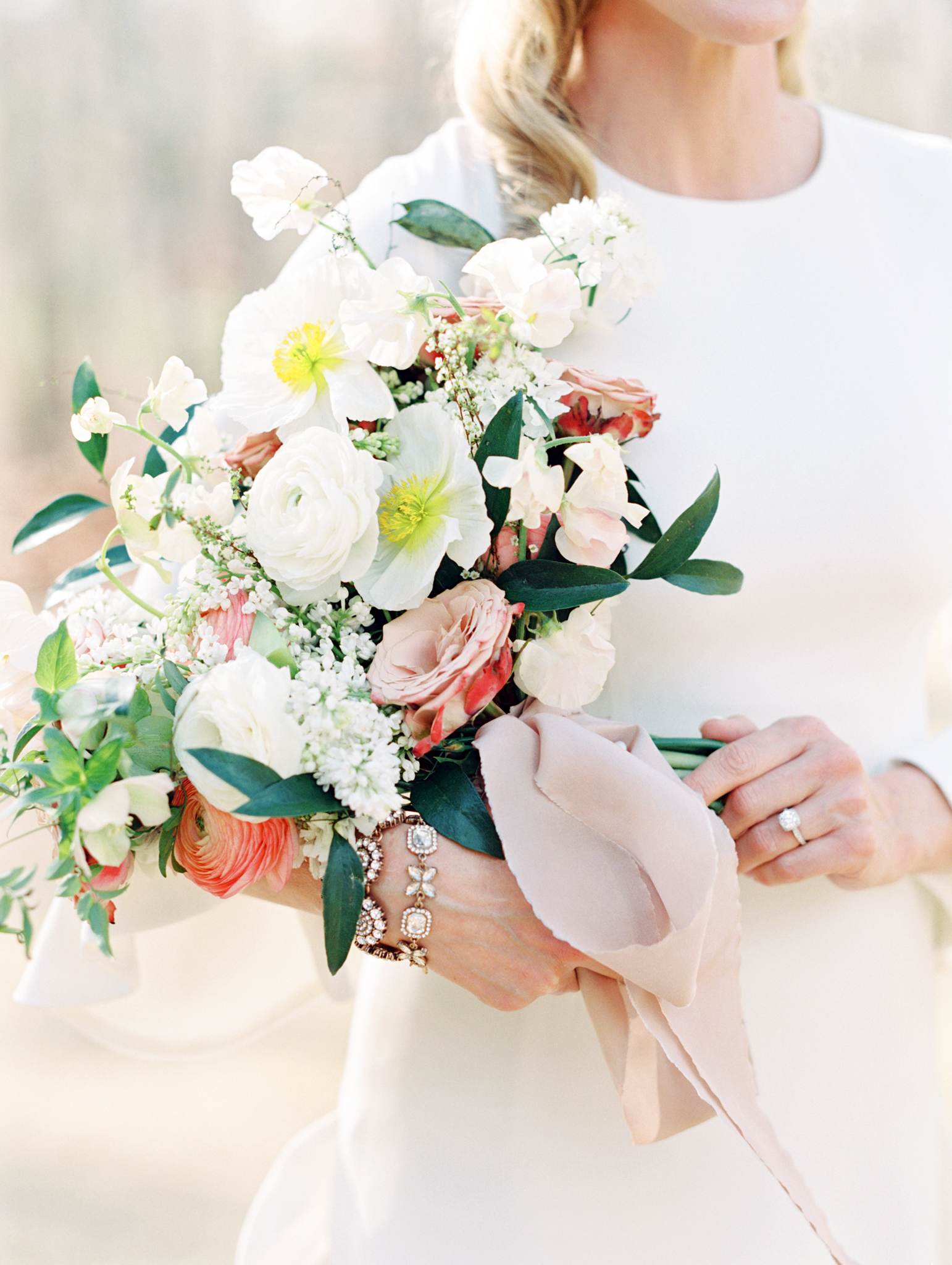 Atlanta wedding flowers peonies roses ranunculus white