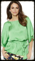 We found this Lucite Green fan favorite, and we absolutely LOVE those kimono sleeves. Pair with a bold pant, solid skirt, or your favorite pair of slim fitting jeans. You'll look better in no time at all.