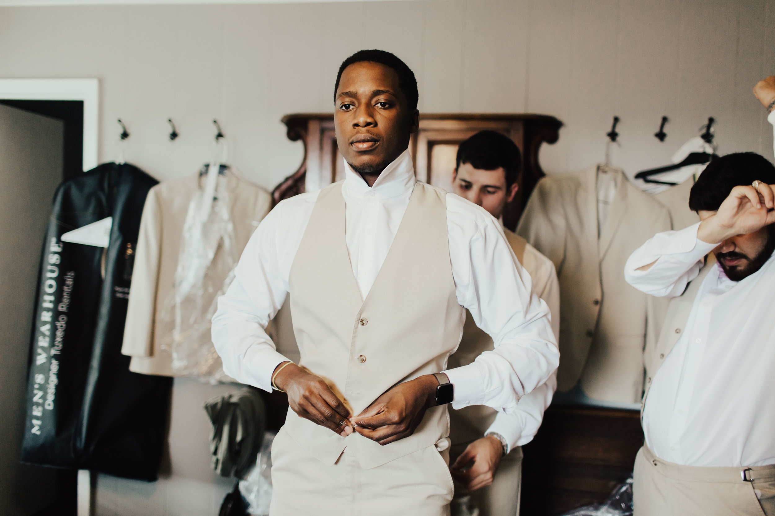 HAILEY-TIM-wedding-photographer-kindred-oaks-texas-177.jpg