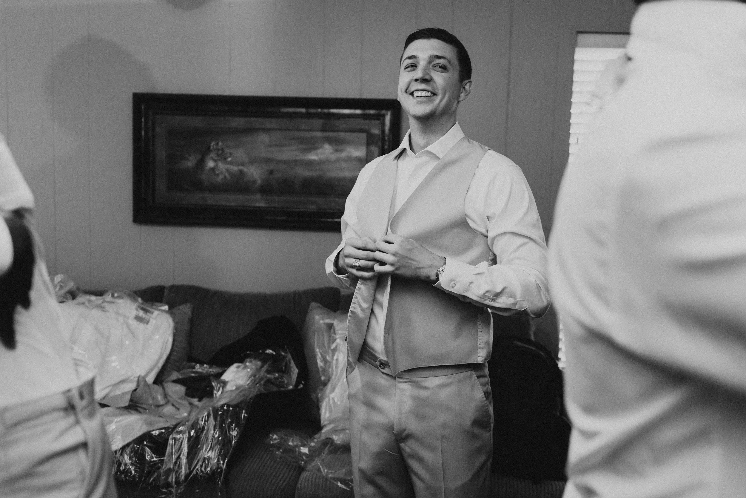 HAILEY-TIM-wedding-photographer-kindred-oaks-texas-178-1.jpg