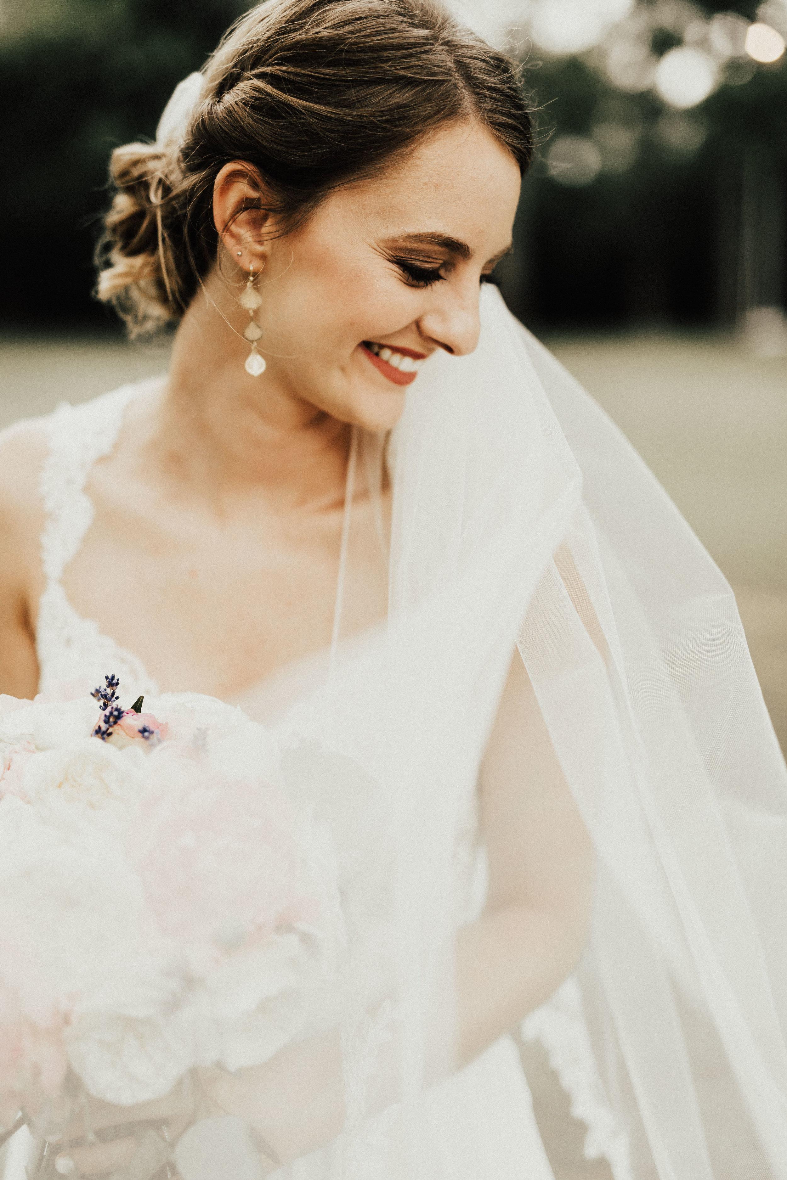 HAILEY-TIM-wedding-photographer-kindred-oaks-texas-303.jpg