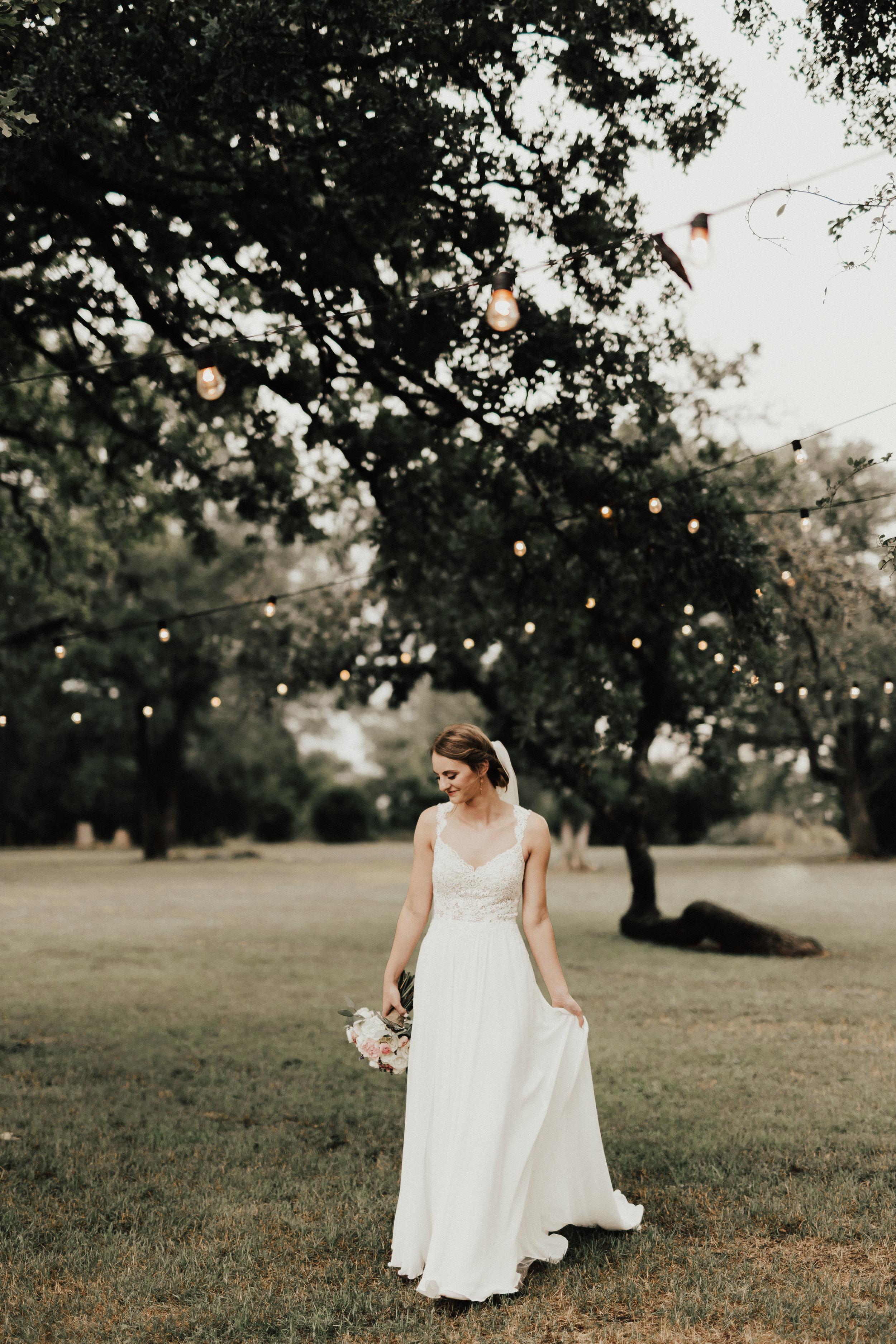 HAILEY-TIM-wedding-photographer-kindred-oaks-texas-319.jpg