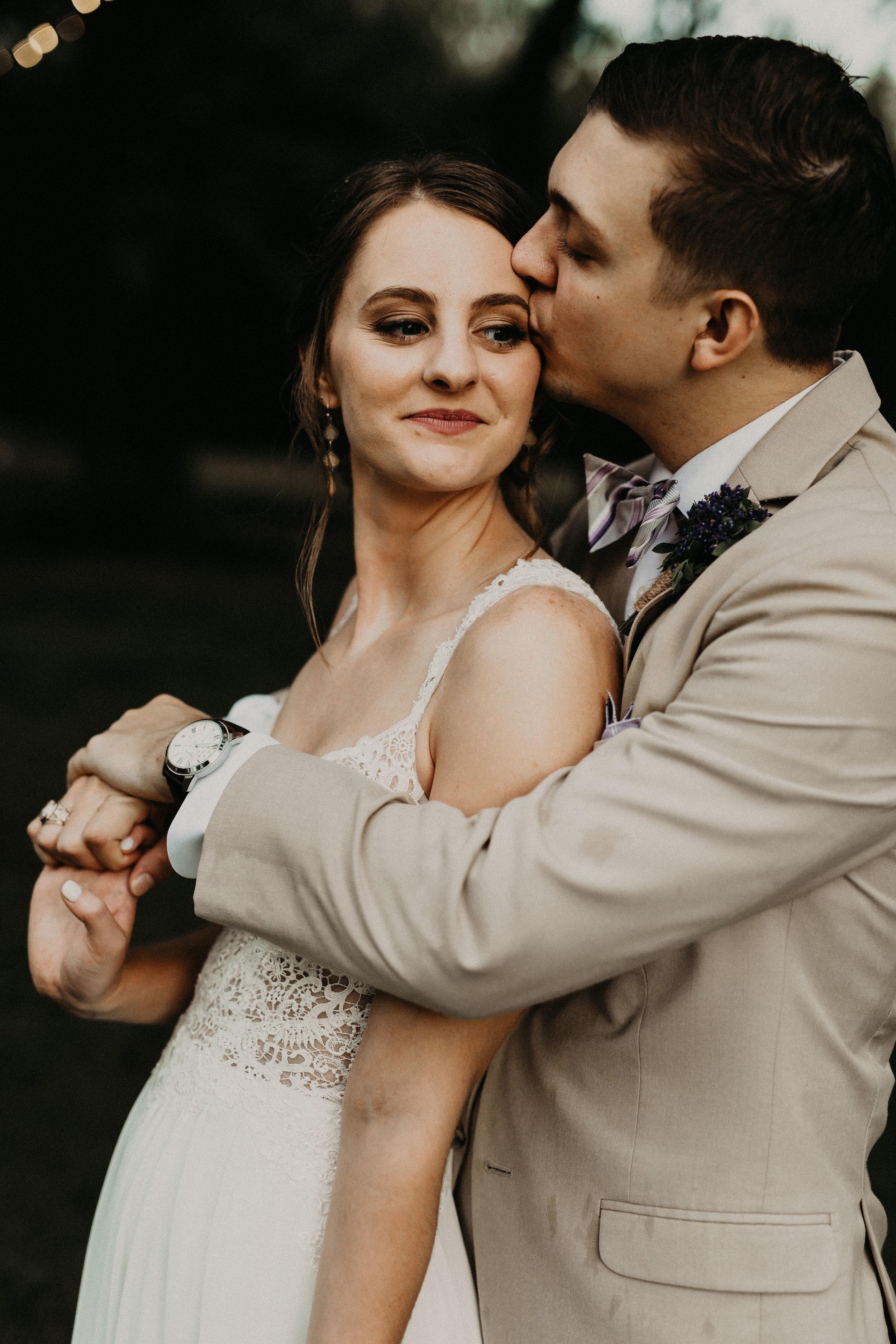 HAILEY-TIM-wedding-photographer-kindred-oaks-texas-501.jpg