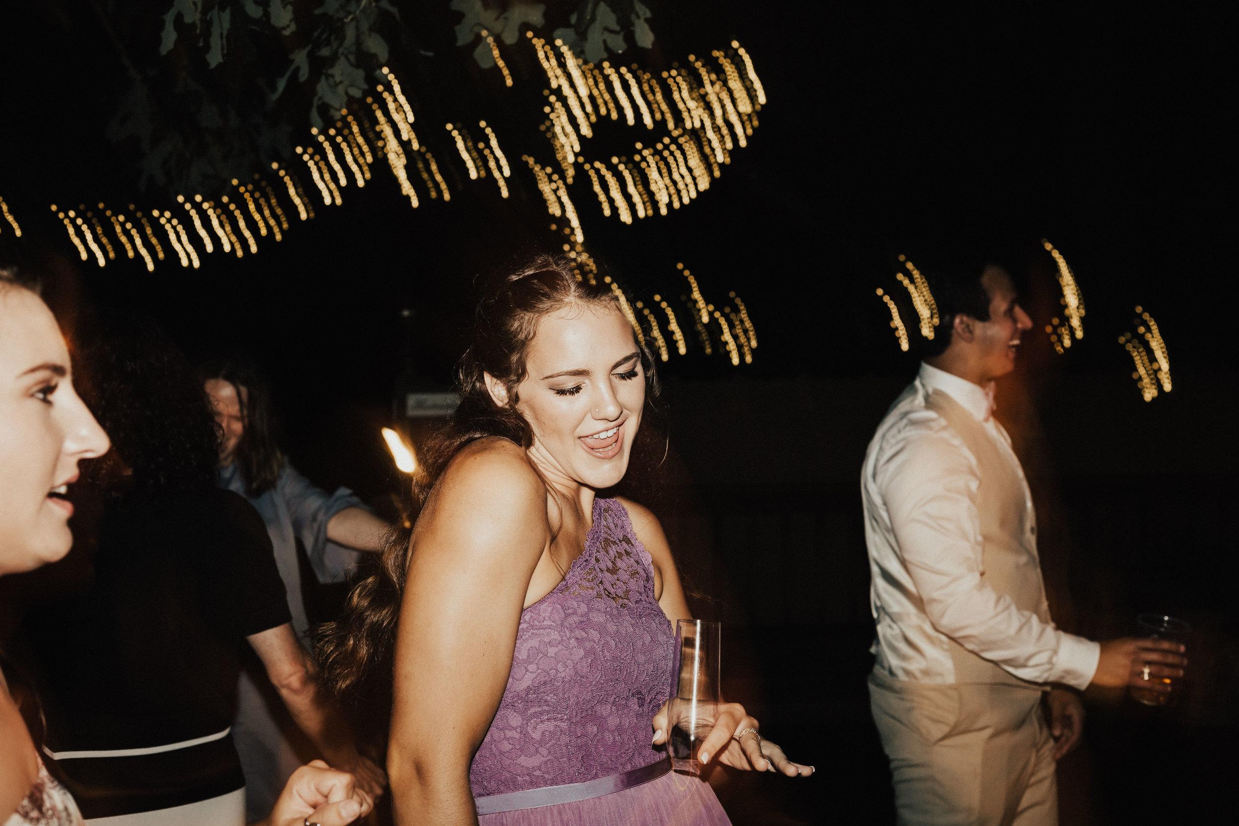 HAILEY-TIM-wedding-photographer-kindred-oaks-texas-573.jpg