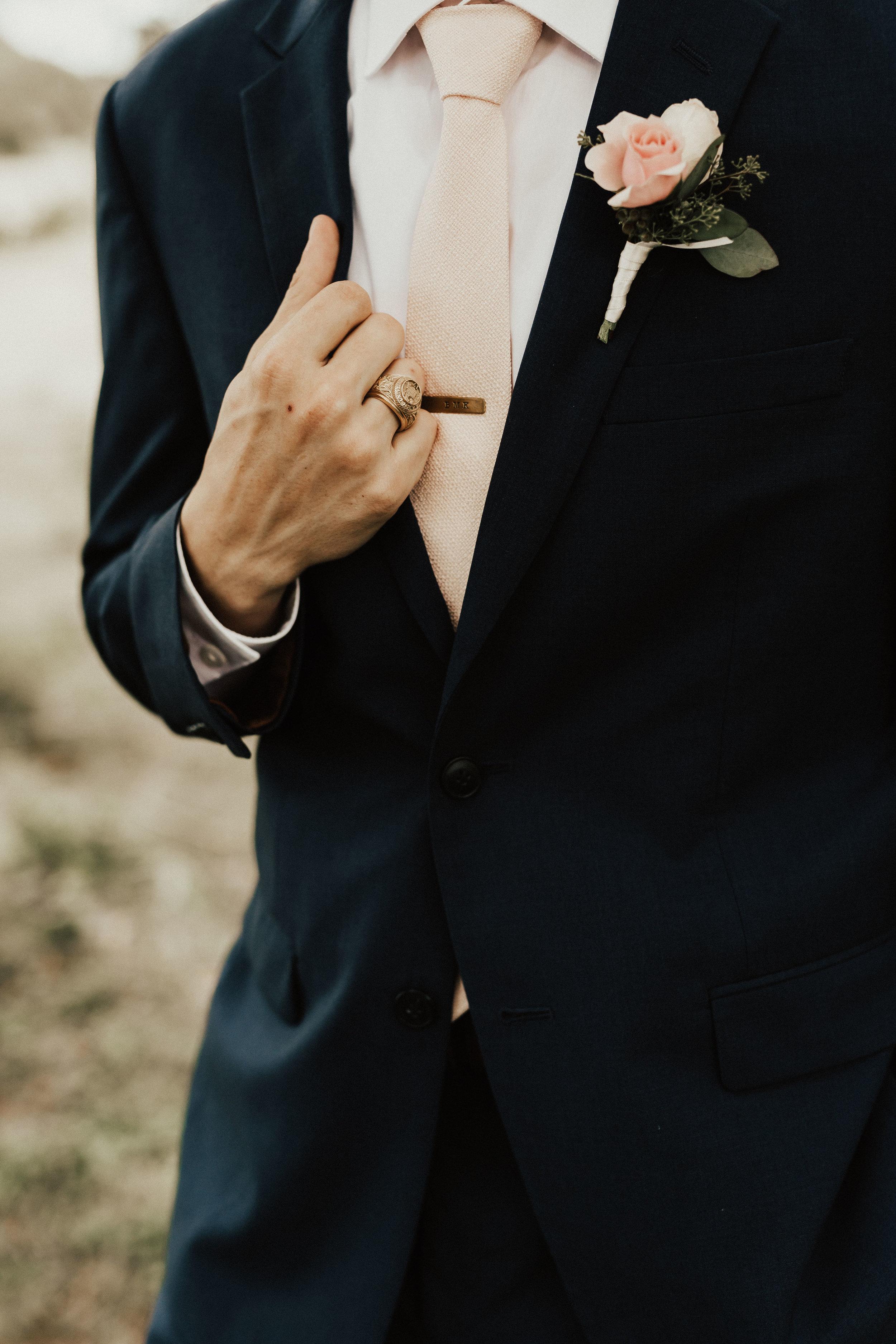 hannah-ben-stonehouse-villa-austin-texas-wedding-photographer-312.jpg