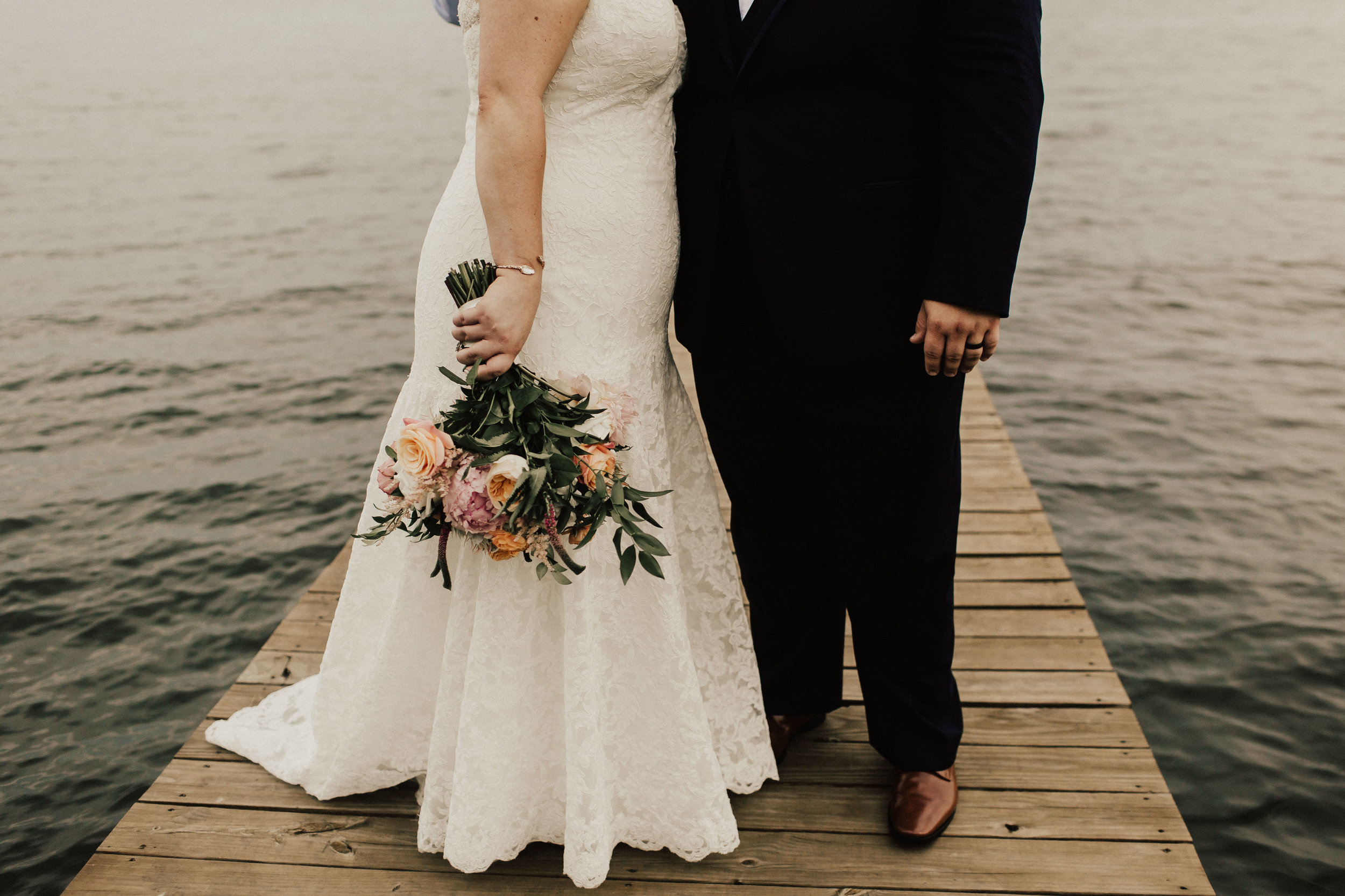 caitlin-jackson-wedding-photographer-lake-tyler-petroleum-club-texas--613.jpg