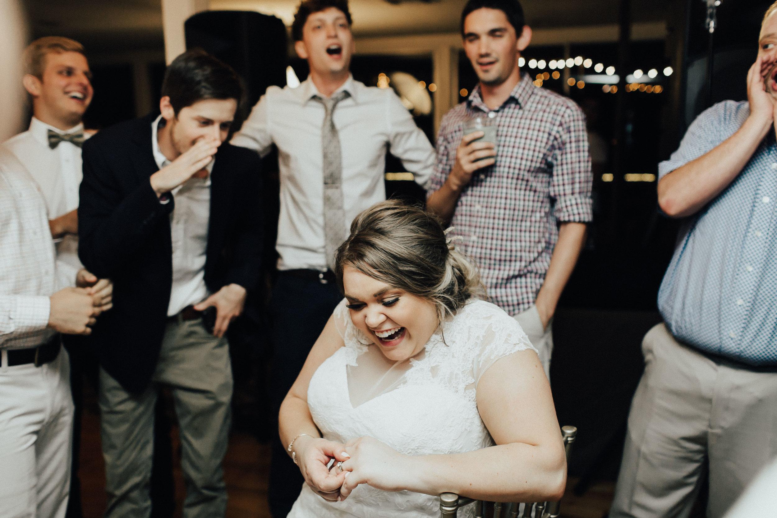 caitlin-jackson-wedding-photographer-lake-tyler-petroleum-club-texas--700.jpg