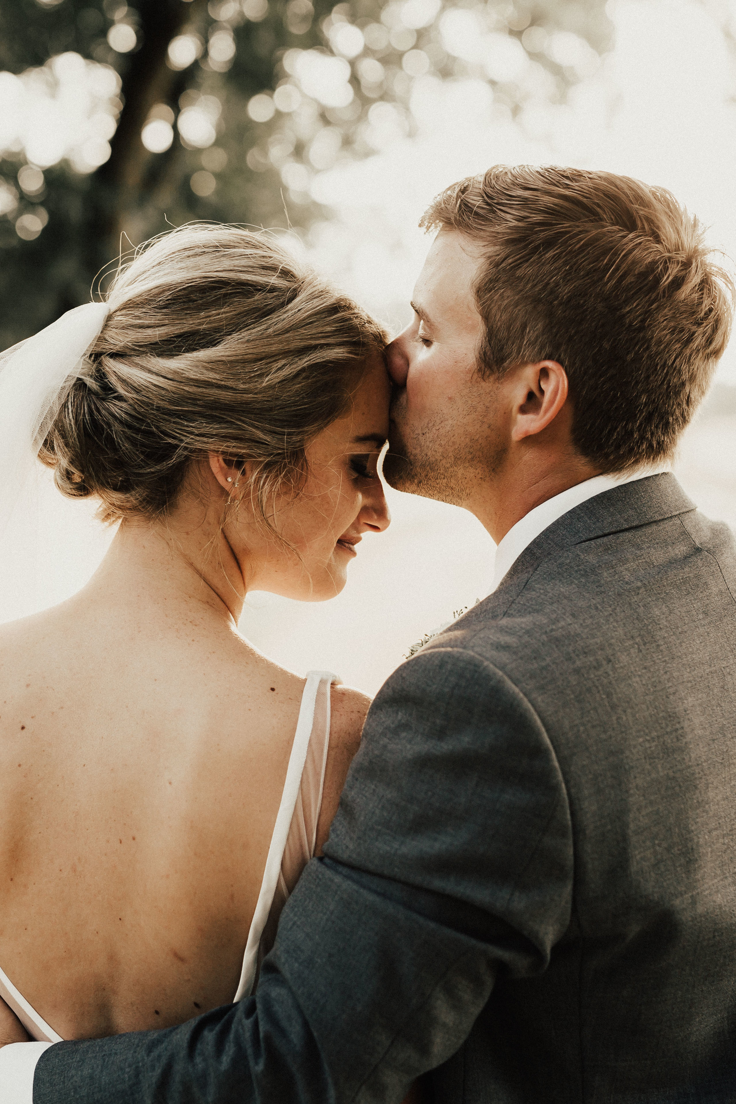 lauren-harrison-wedding-photographer-pecan-springs-ranch-austin-texas--652.jpg