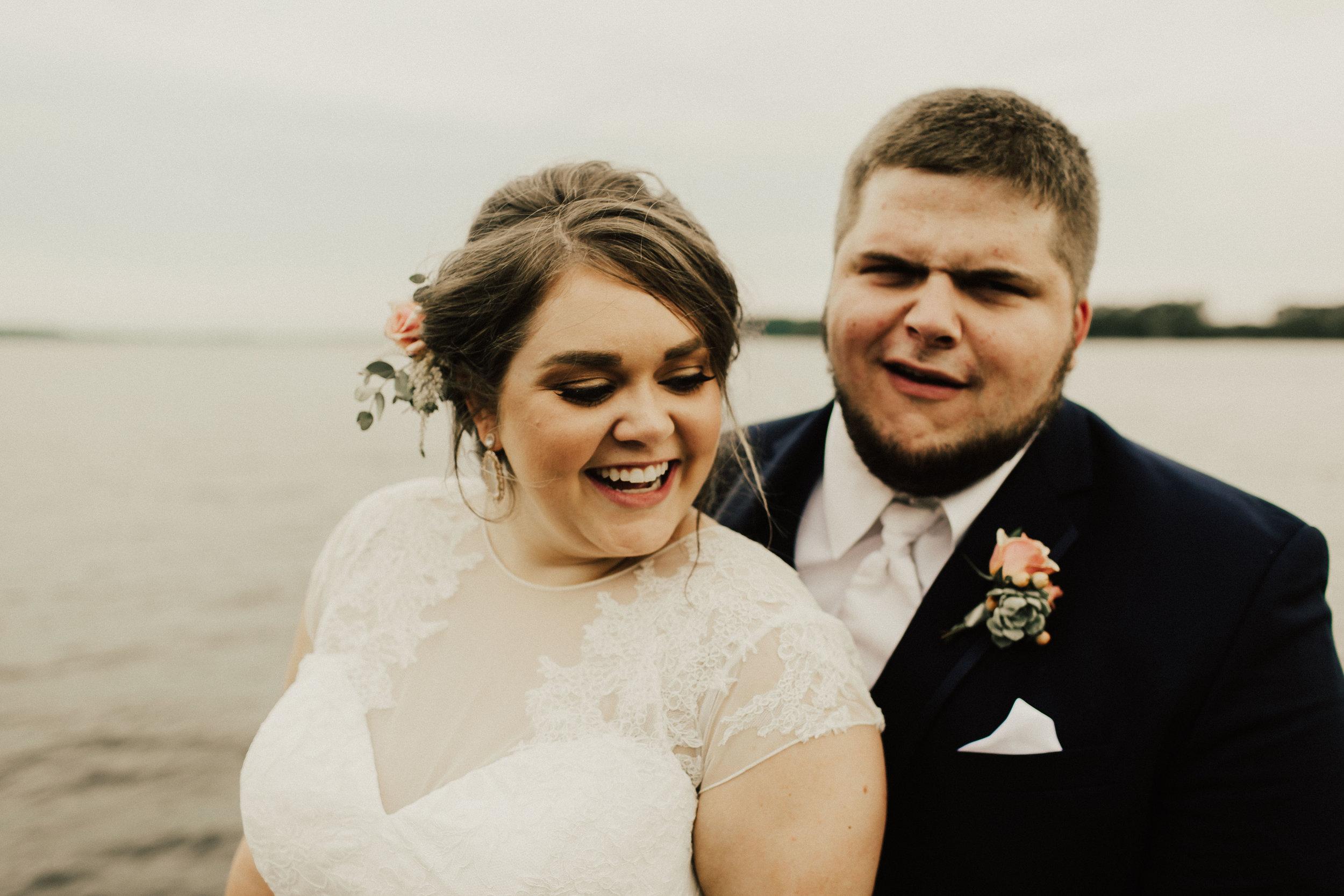 caitlin-jackson-wedding-photographer-lake-tyler-petroleum-club-texas--600.jpg