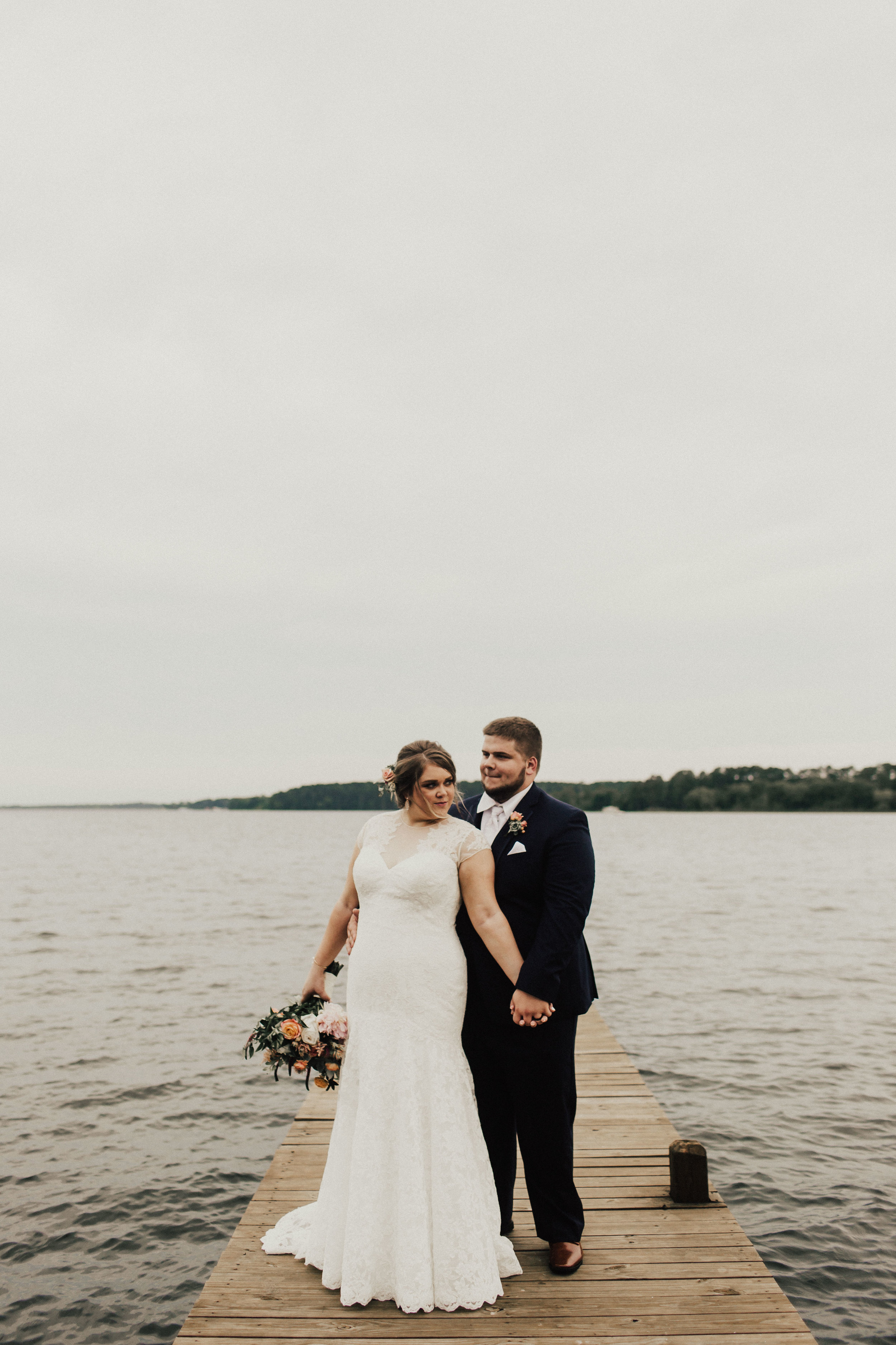 caitlin-jackson-wedding-photographer-lake-tyler-petroleum-club-texas--582.jpg