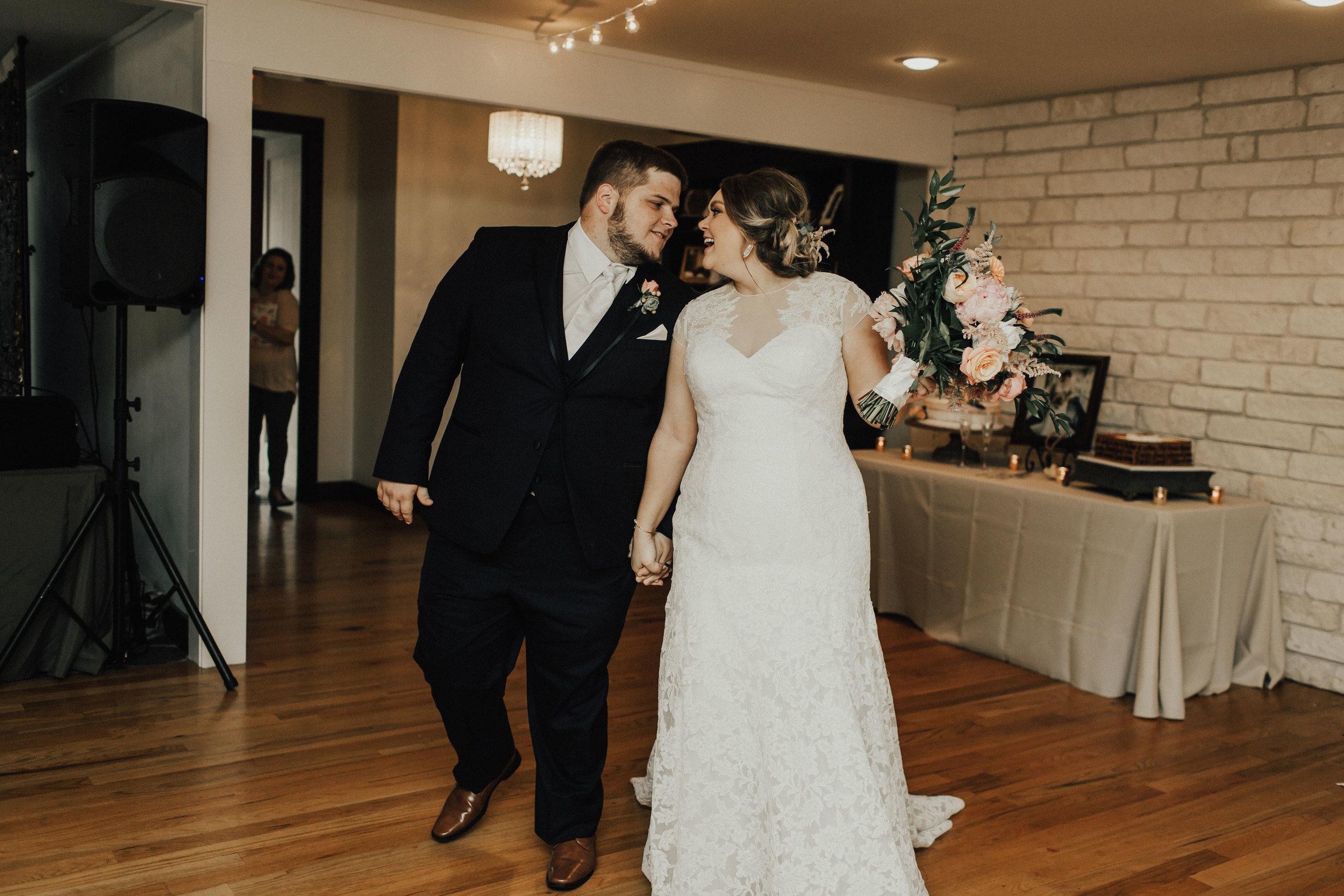 caitlin-jackson-wedding-photographer-lake-tyler-petroleum-club-texas--639.jpg