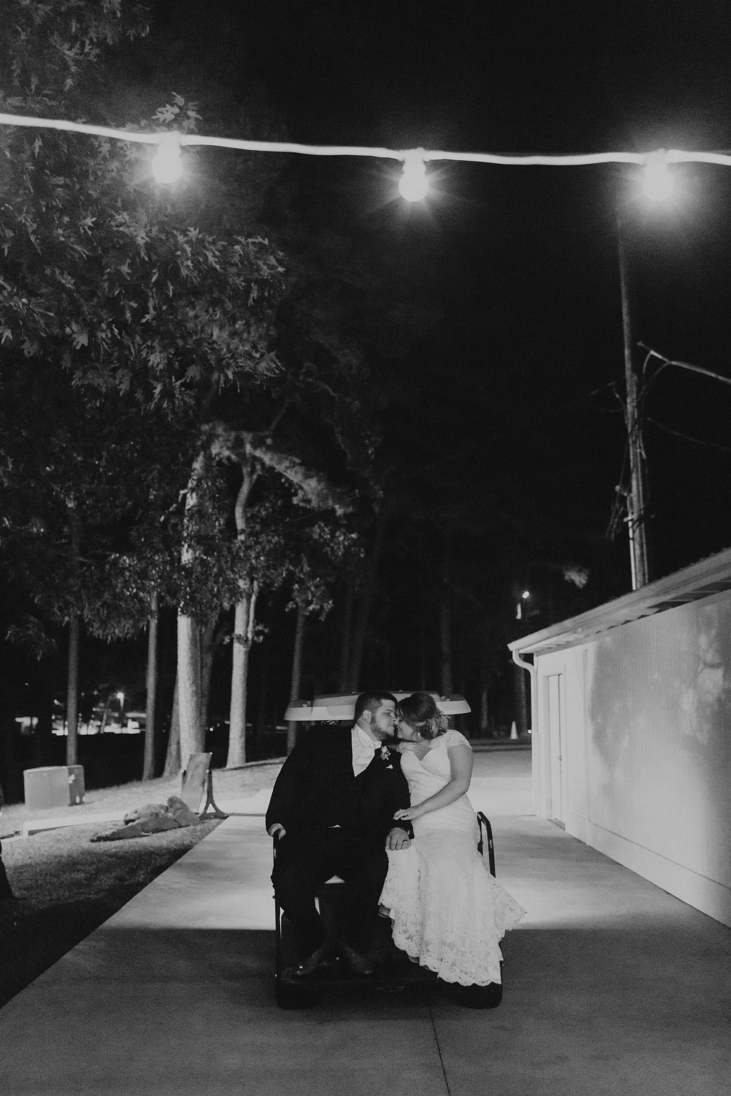 caitlin-jackson-wedding-photographer-lake-tyler-petroleum-club-texas--889.jpg